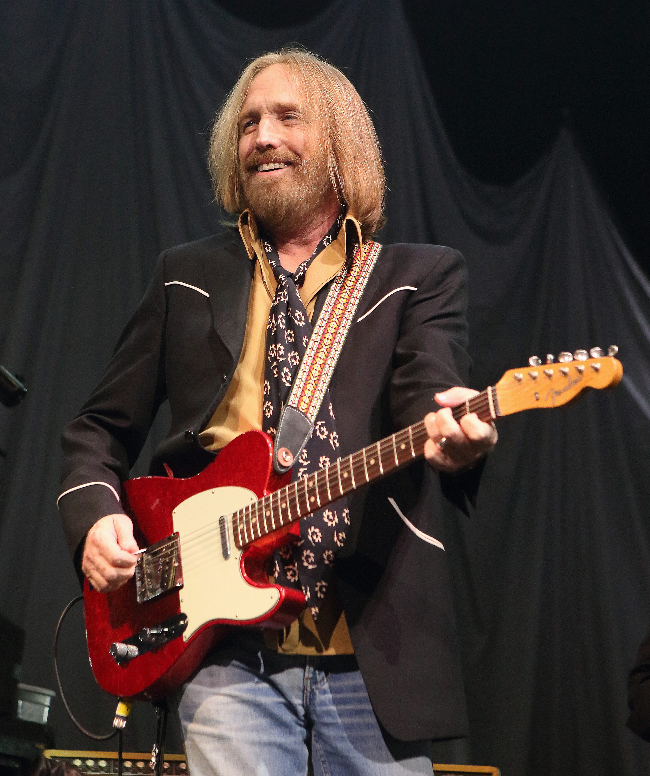 tom petty refugee переводtom petty and the heartbreakers, tom petty скачать, tom petty learning to fly, tom petty free fallin, tom petty i won't back down, tom petty it's good to be king, tom petty discography, tom petty american girl перевод, tom petty refugee, tom petty hypnotic eye, tom petty saving grace, tom petty wiki, tom petty wildflowers перевод, tom petty and the heartbreakers скачать, tom petty refugee перевод, tom petty last dj, tom petty & the heartbreakers american girl, tom petty face in the crowd, tom petty karaoke, tom petty american girl lyrics