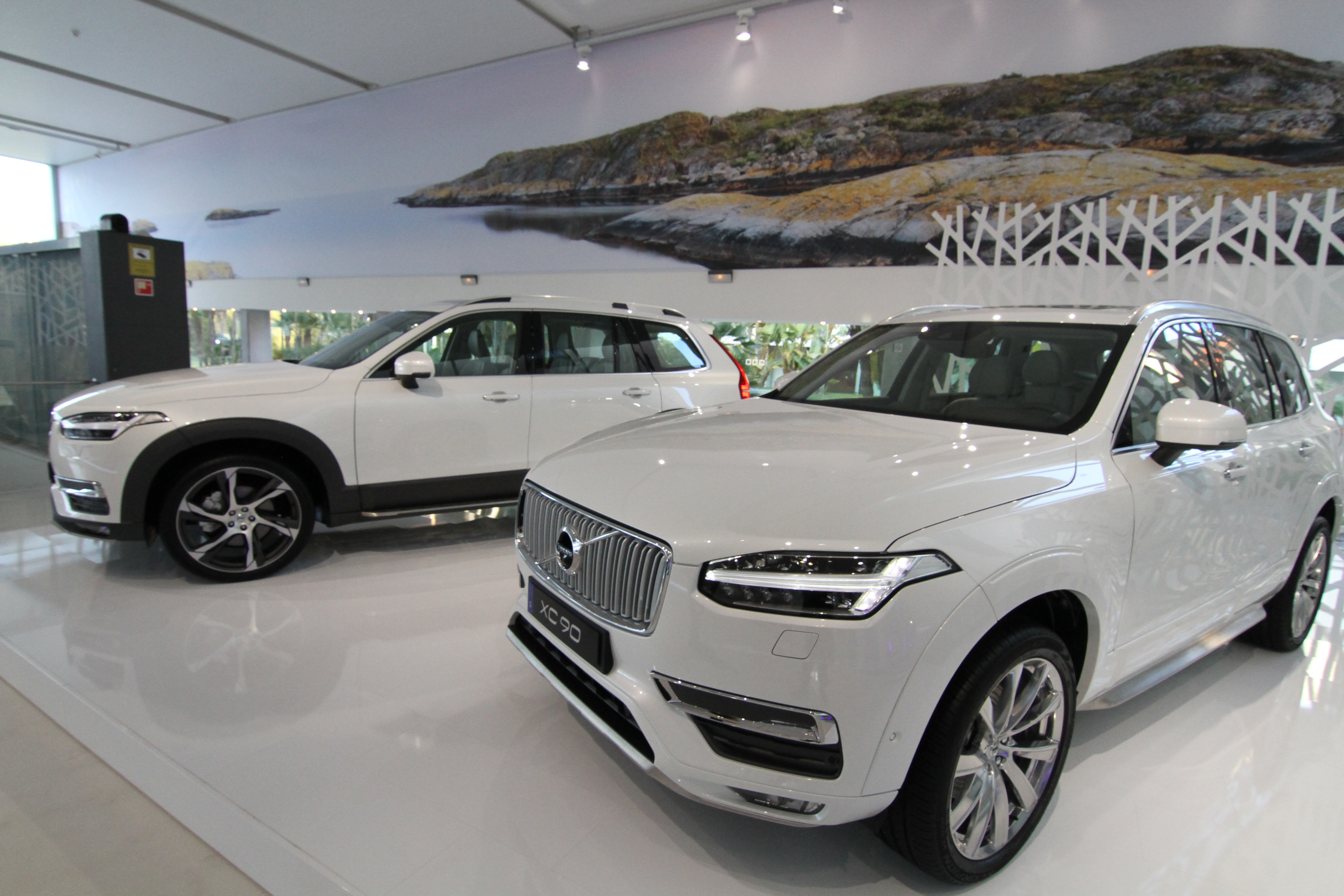 2015 volvo xc90 availability autos post. Black Bedroom Furniture Sets. Home Design Ideas