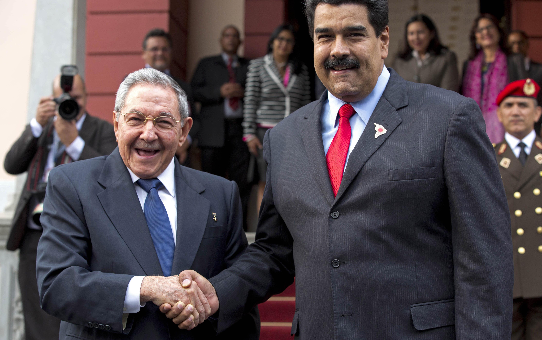 Risultati immagini per raul castro en venezuela 2017