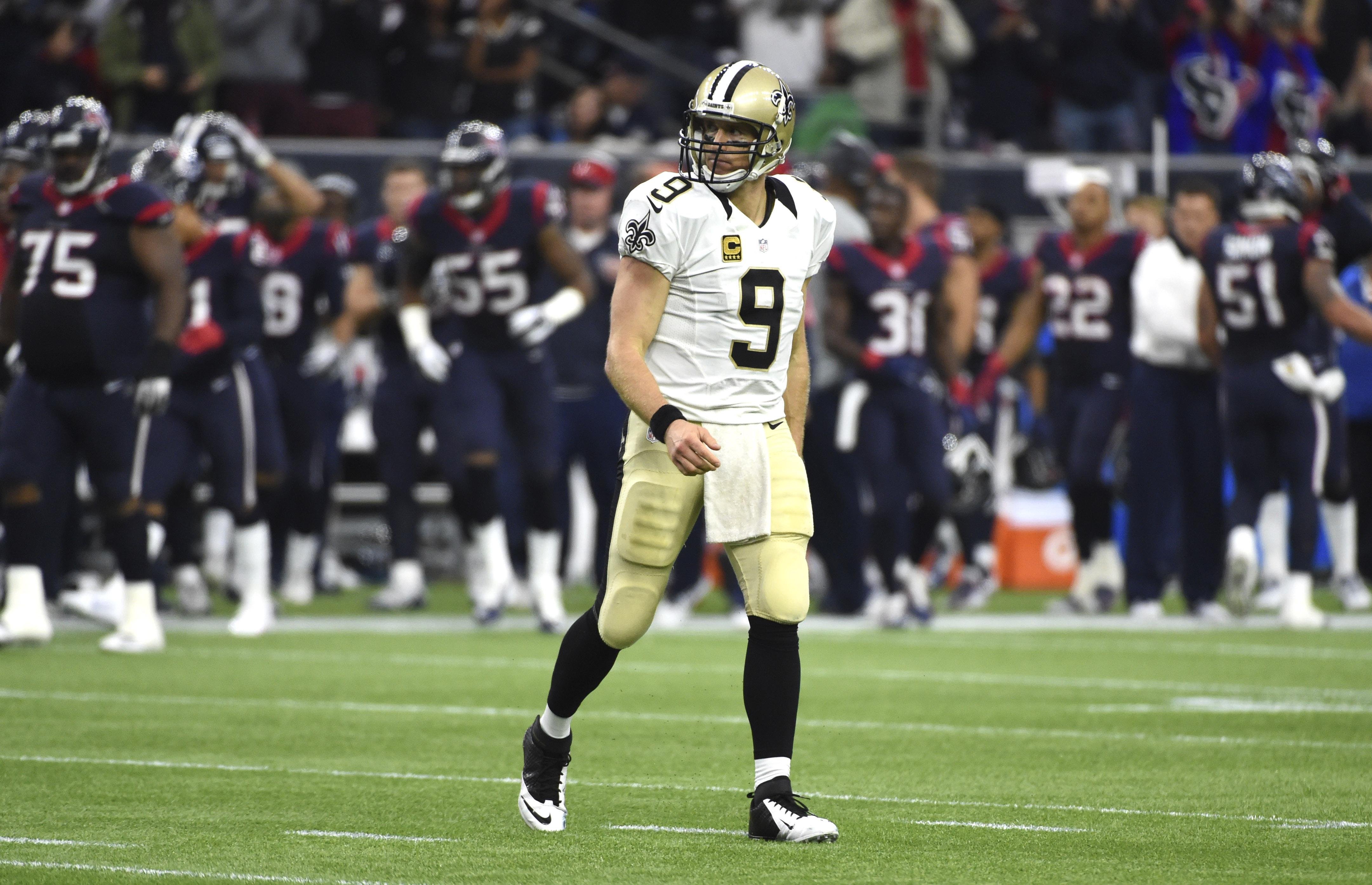 Saints_texans_football