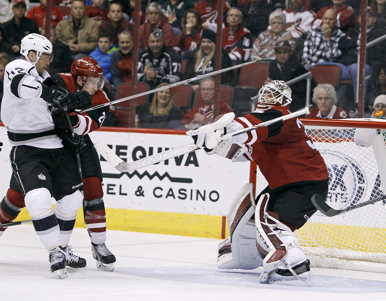 Kings_coyotes_hockey