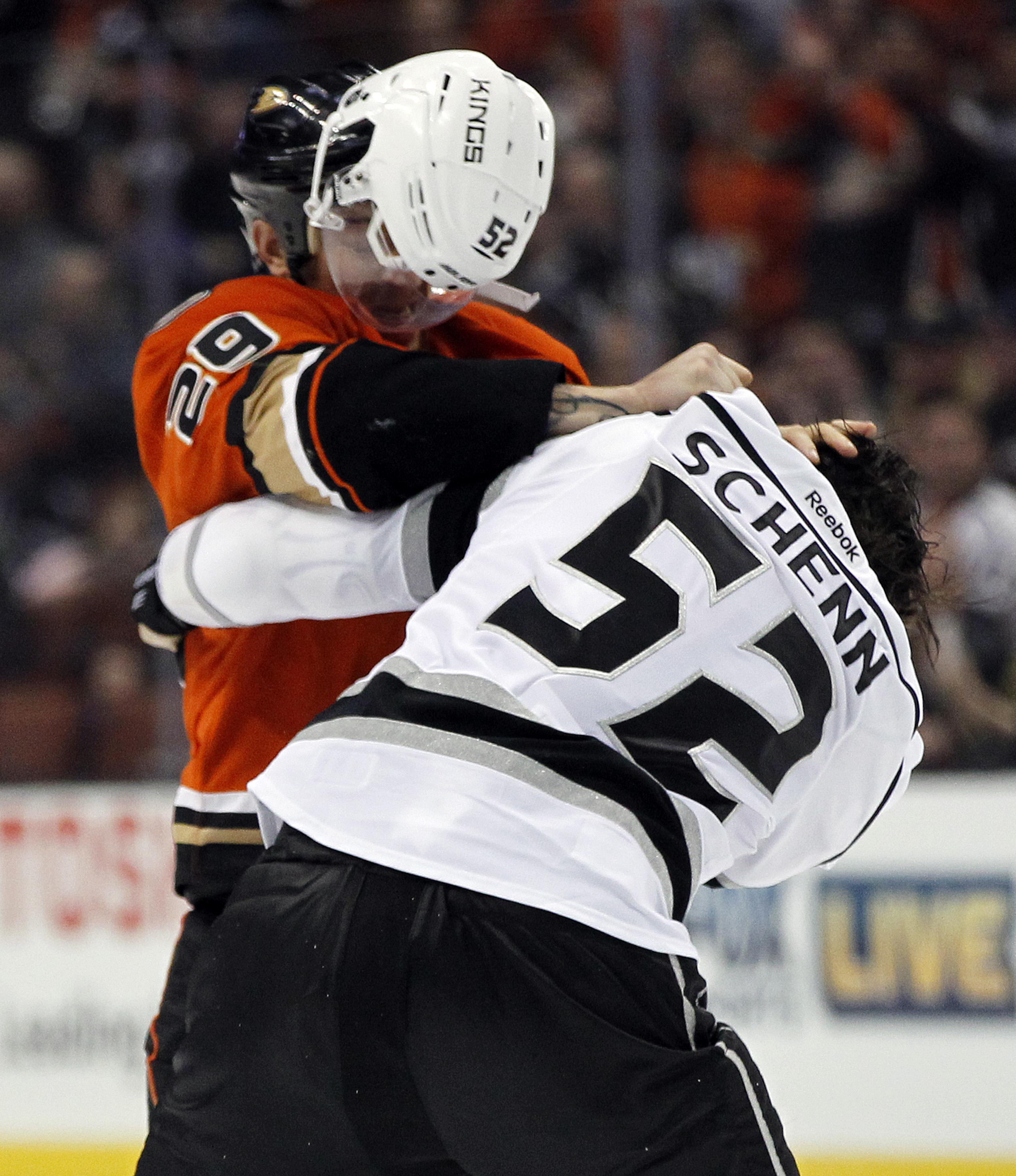Kings_ducks_hockey