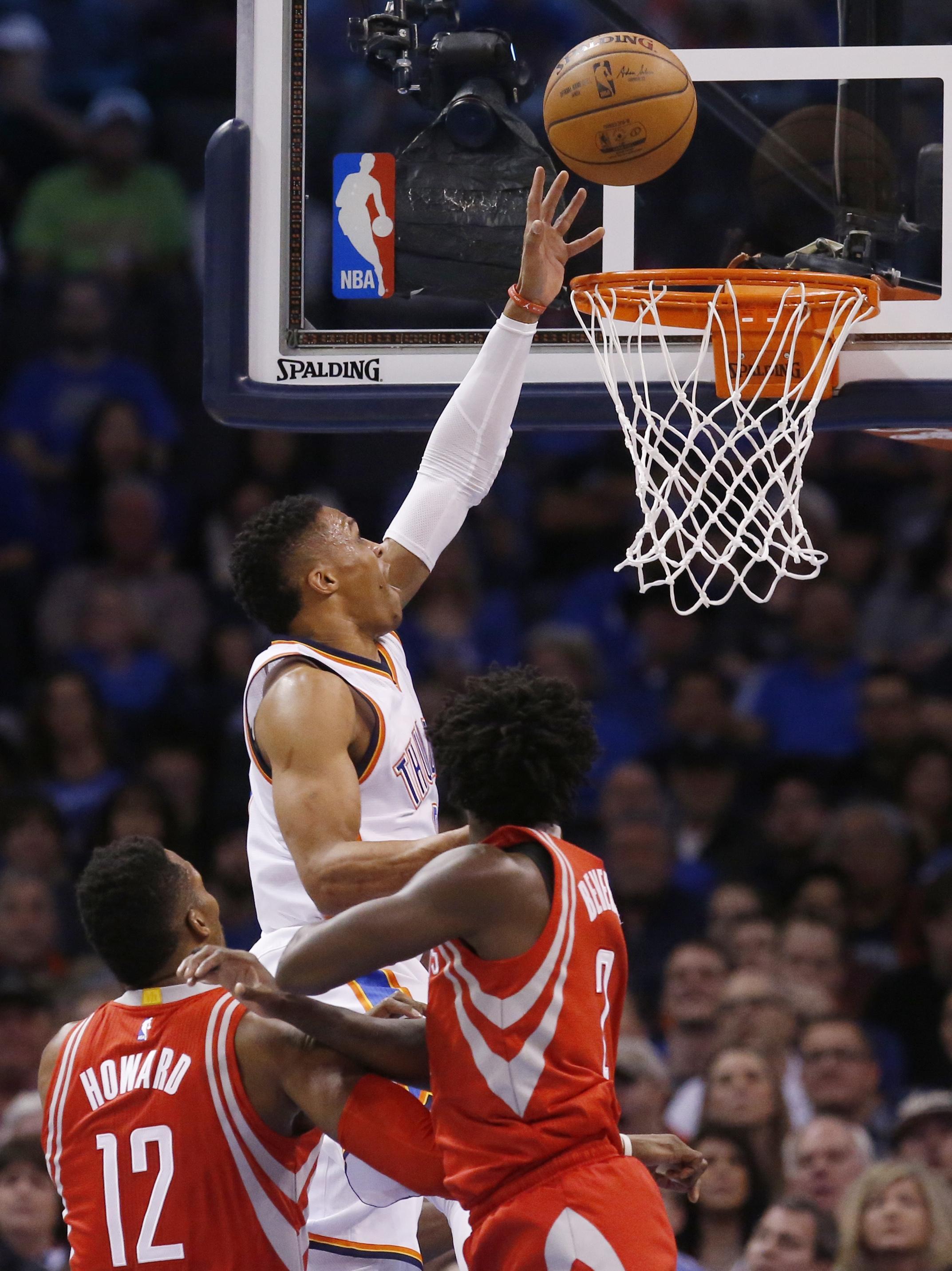 Rockets_thunder_basketball