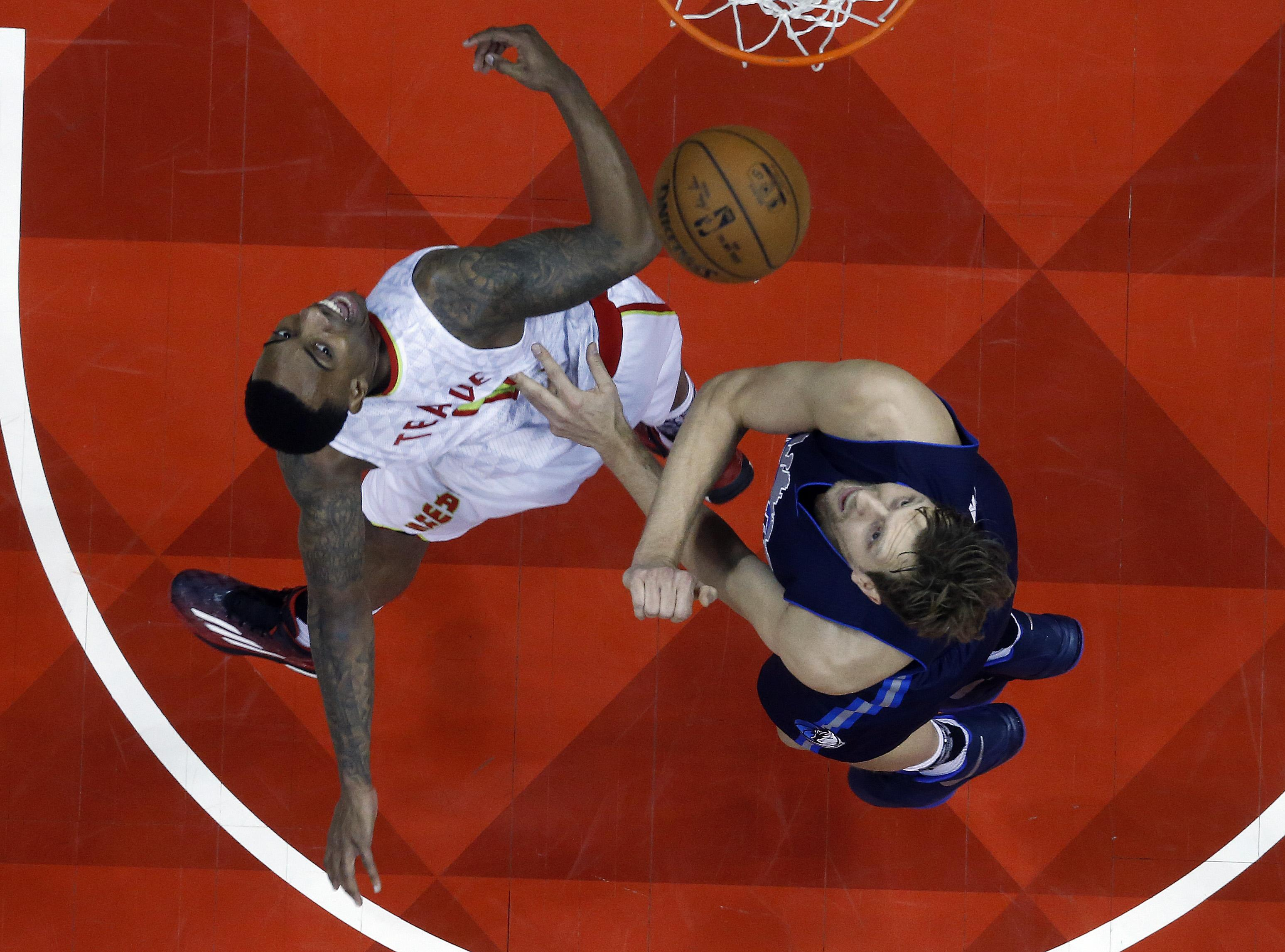 Mavericks_hawks_basketball