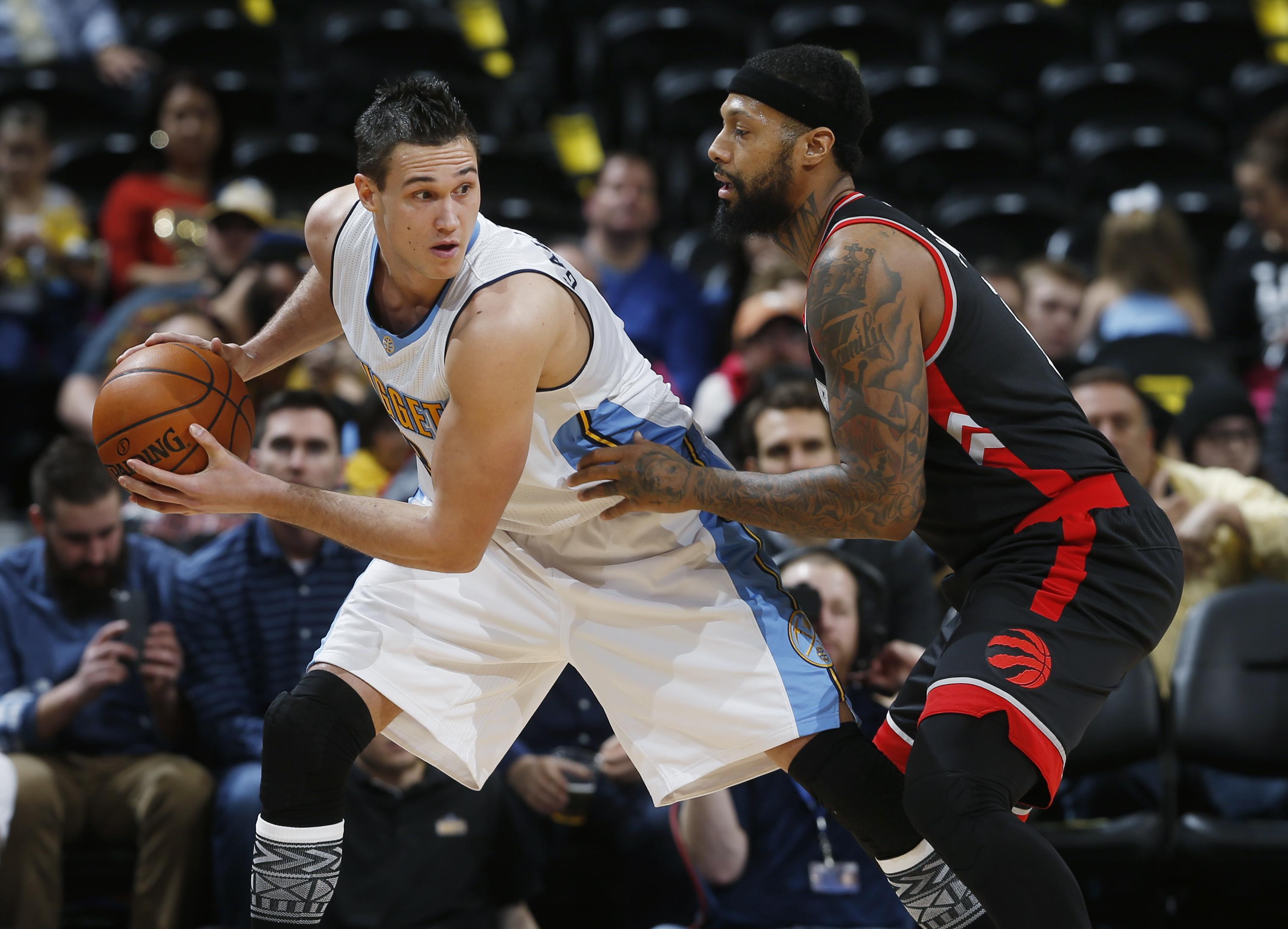 Raptors_nuggets_basketball