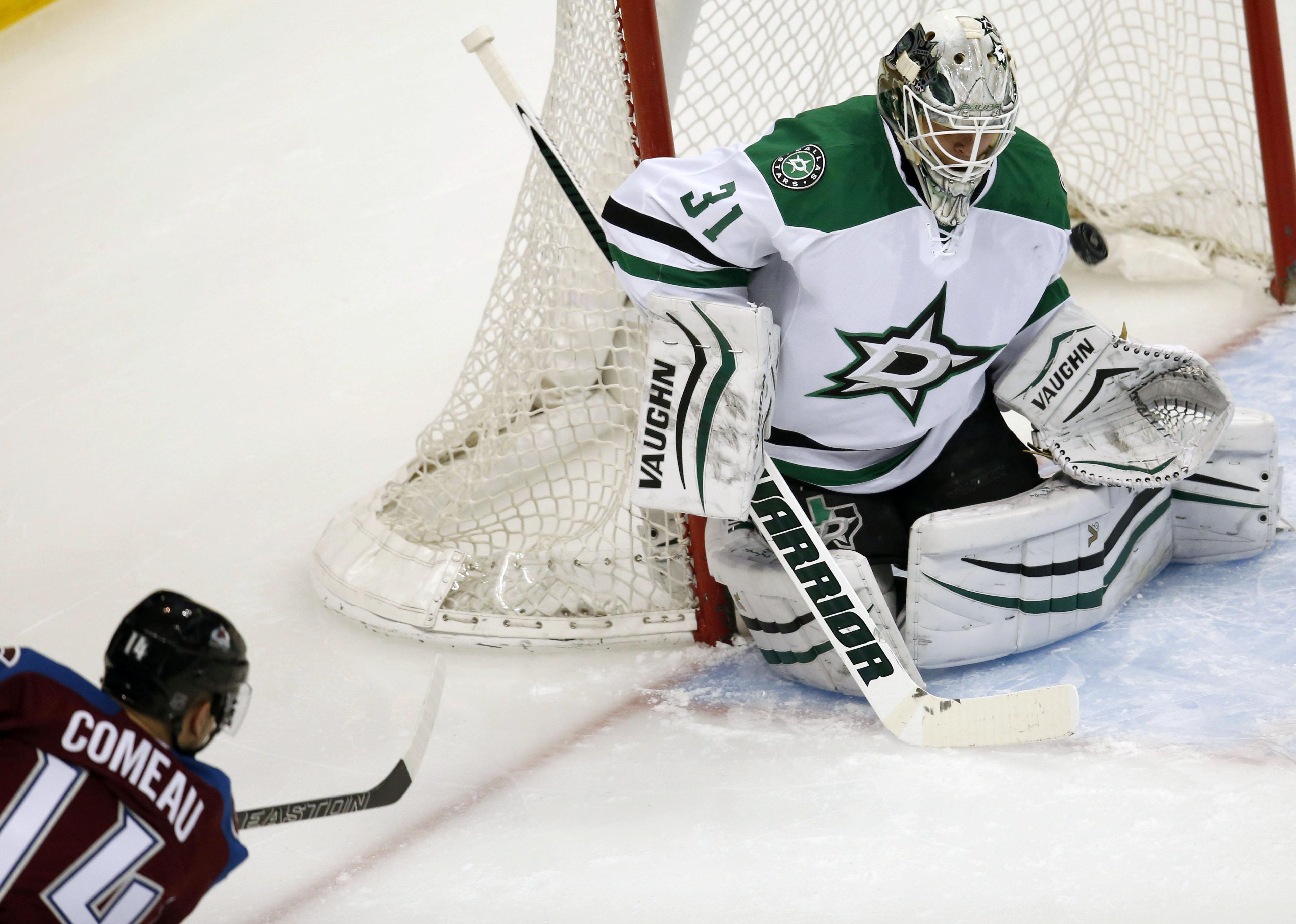 Stars_avalanche_hockey