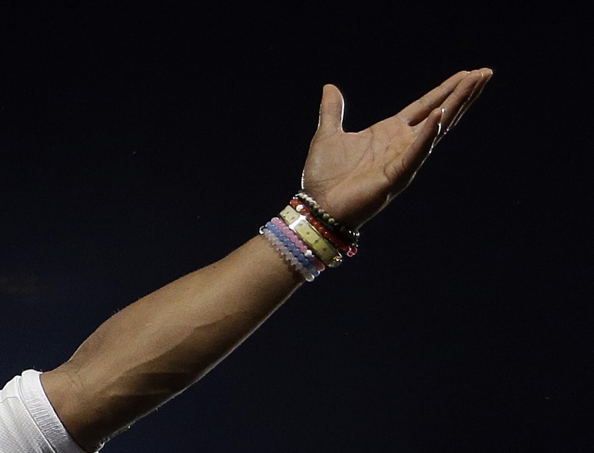 Super_bowl-balance_bracelets