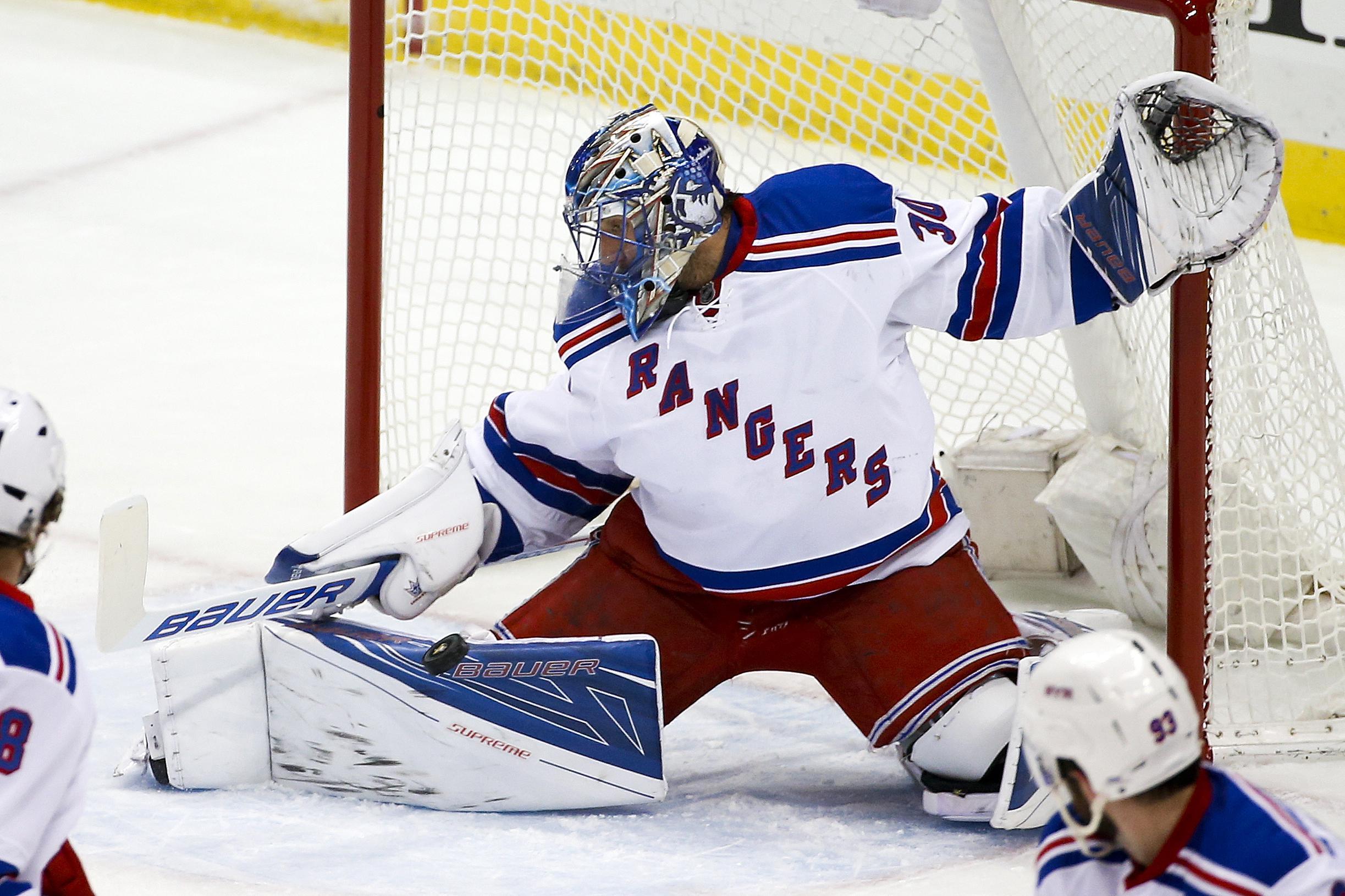 Rangers_penguins_hockey
