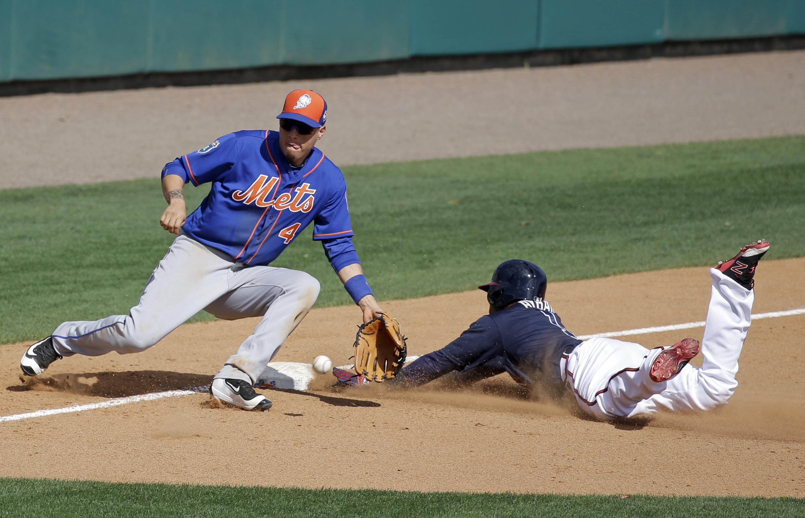 Mets_braves_baseball
