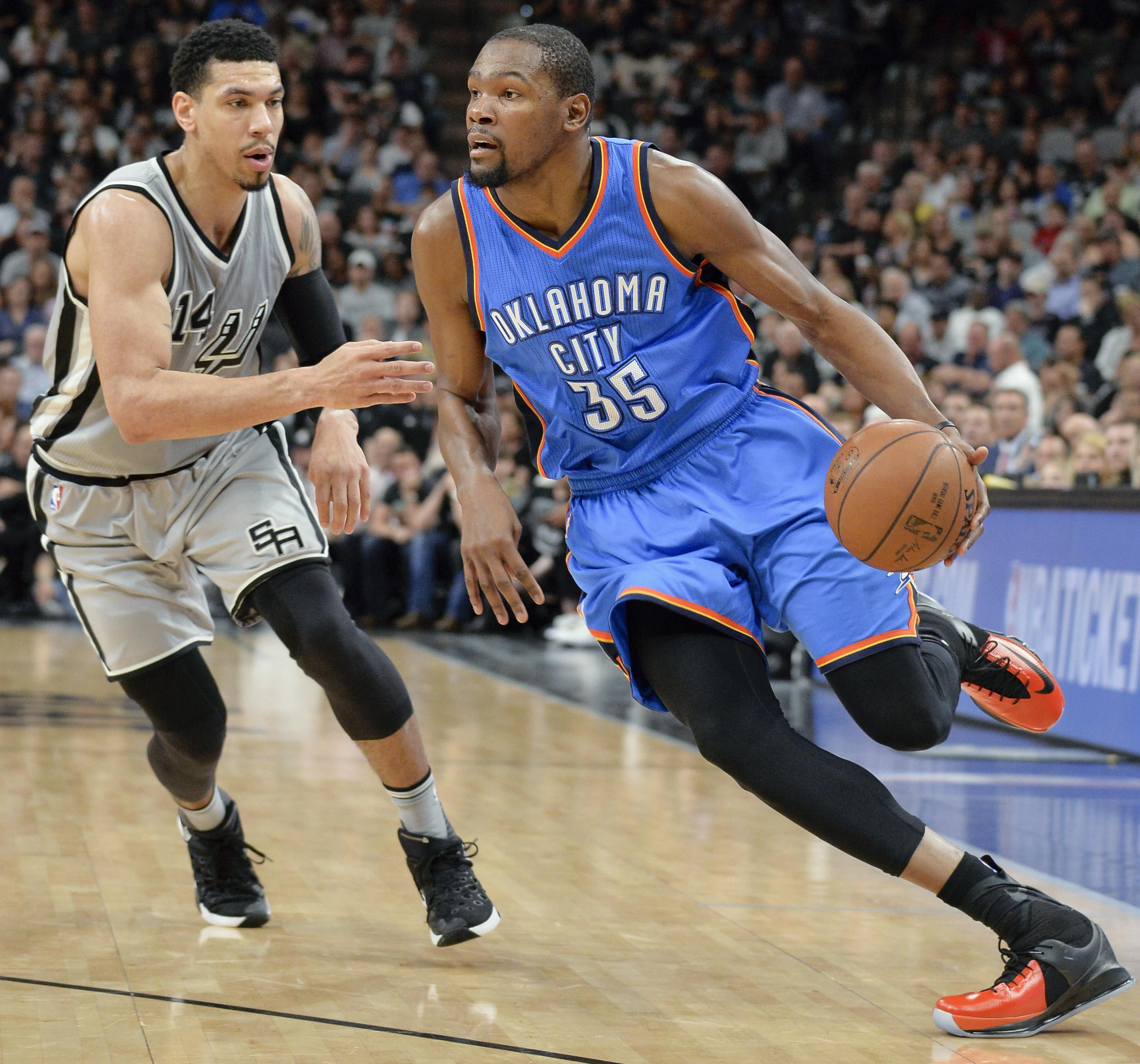 Thunder_spurs_basketball