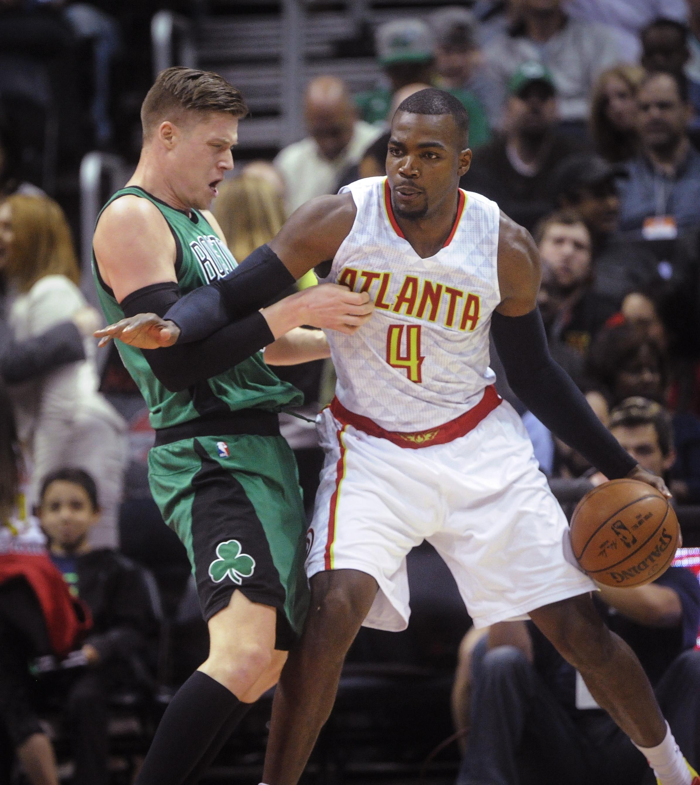 Celtics_hawks_basketball