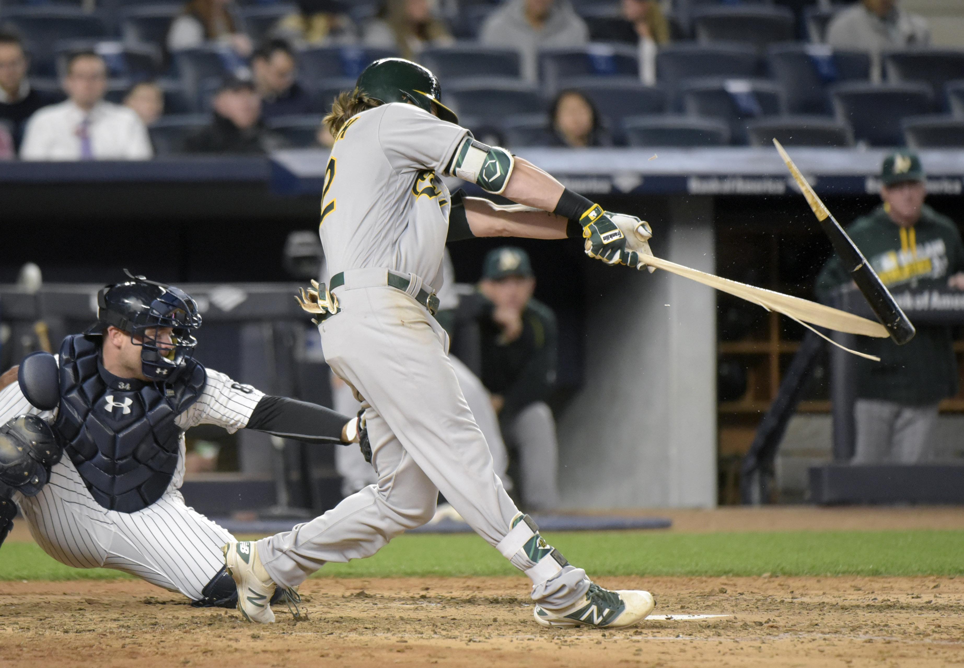 Athletics_yankees_baseball