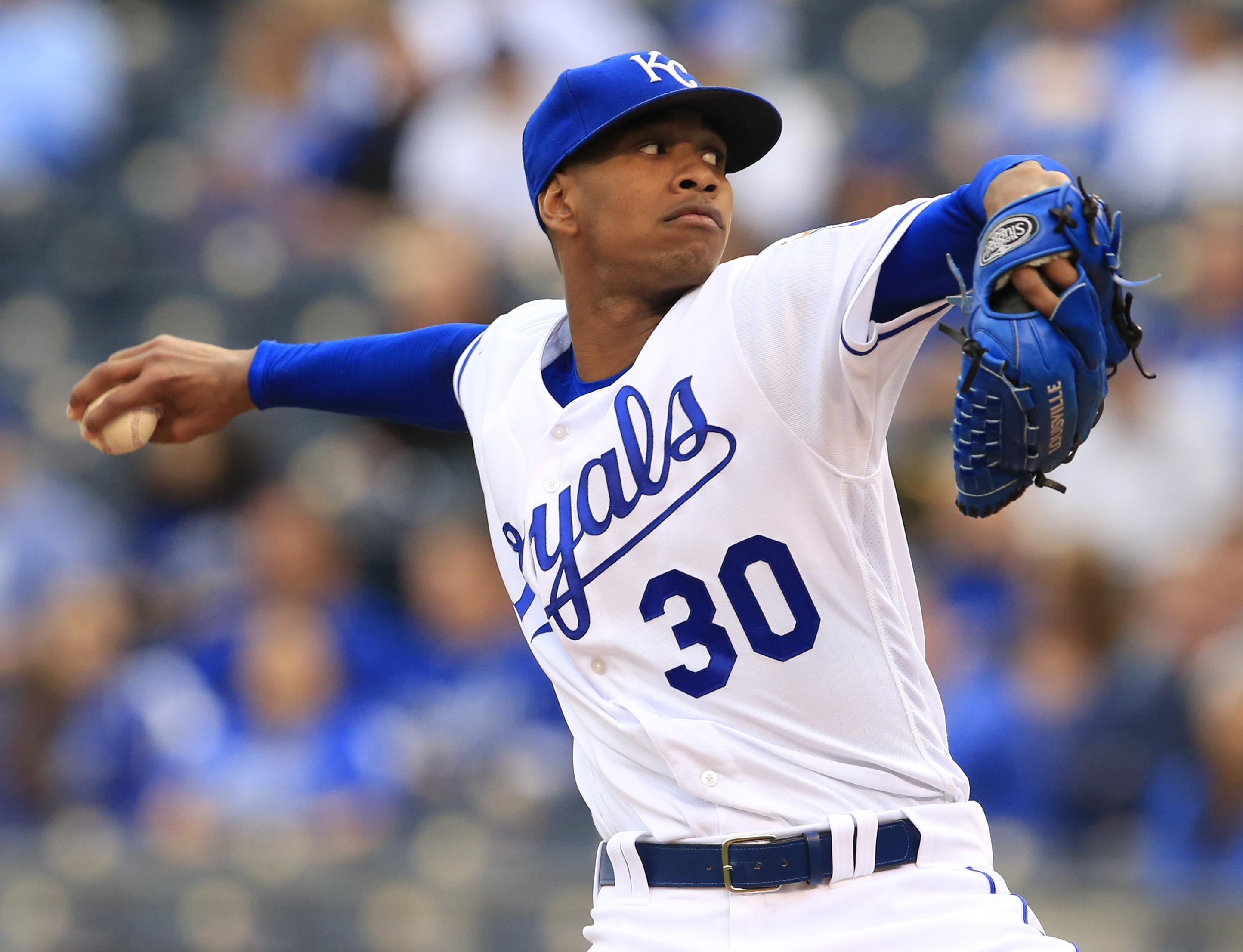 Tigers_royals_baseball