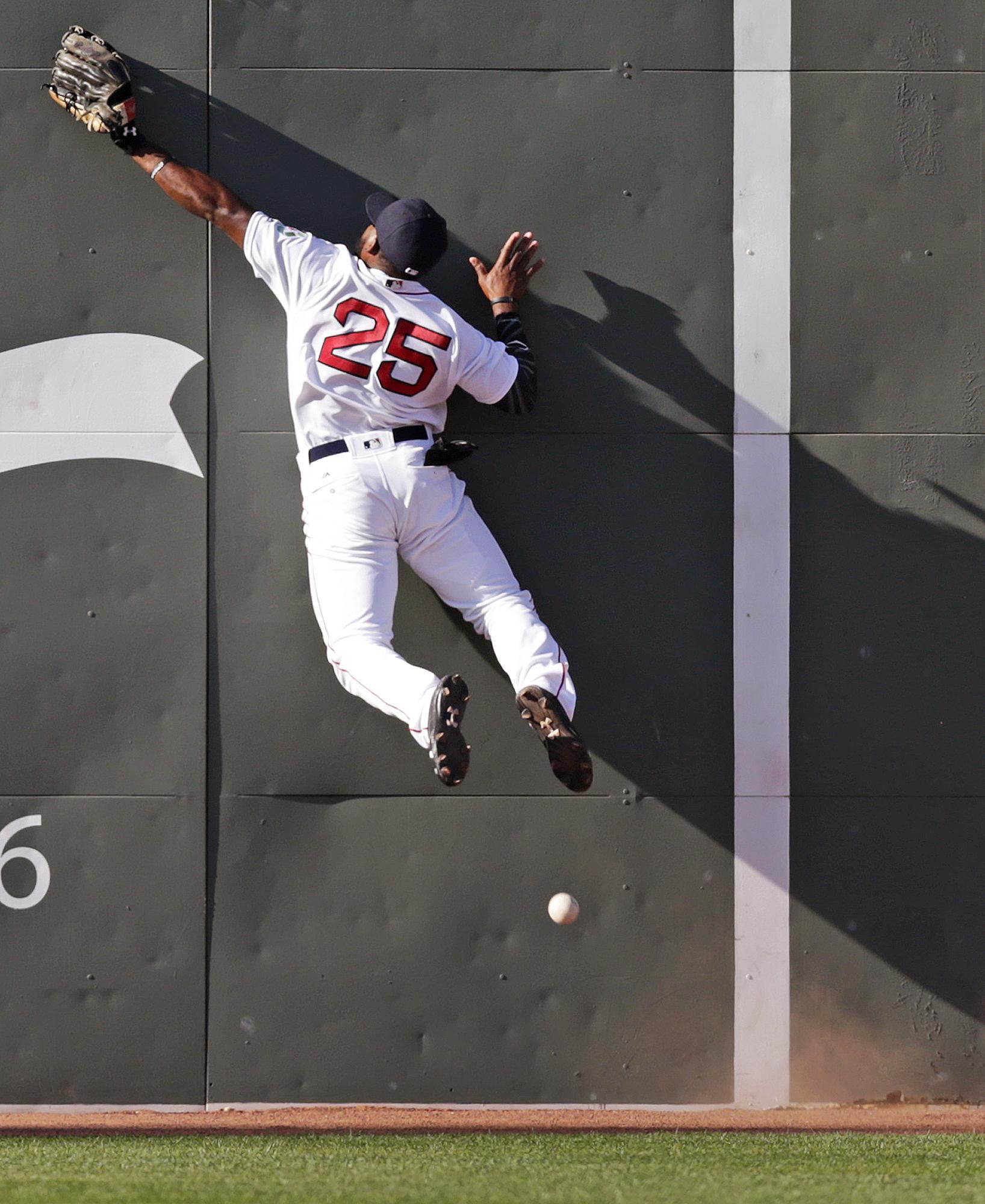 Aptopix_rays_red_sox_baseball
