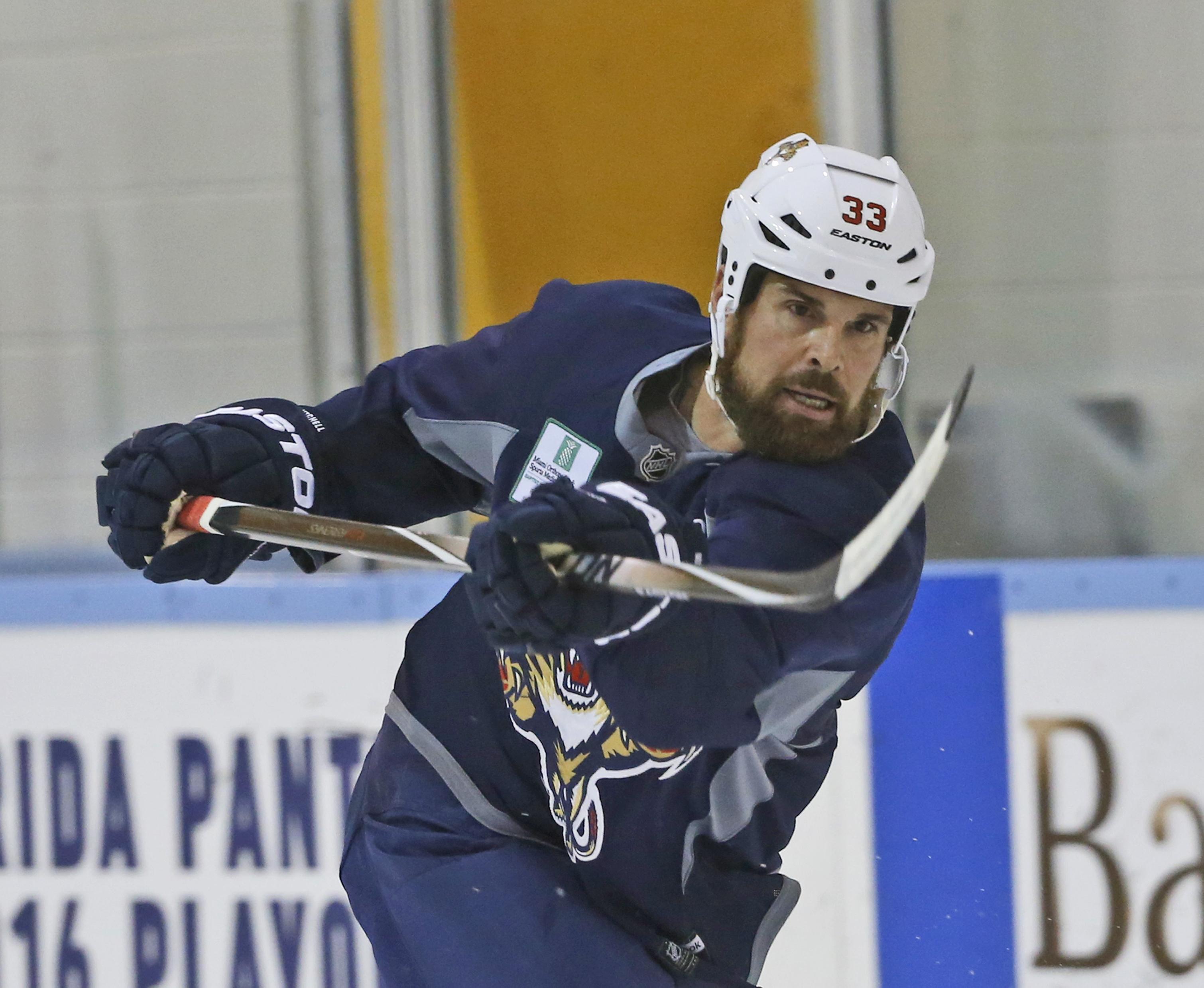 Panthers_mitchell_hockey