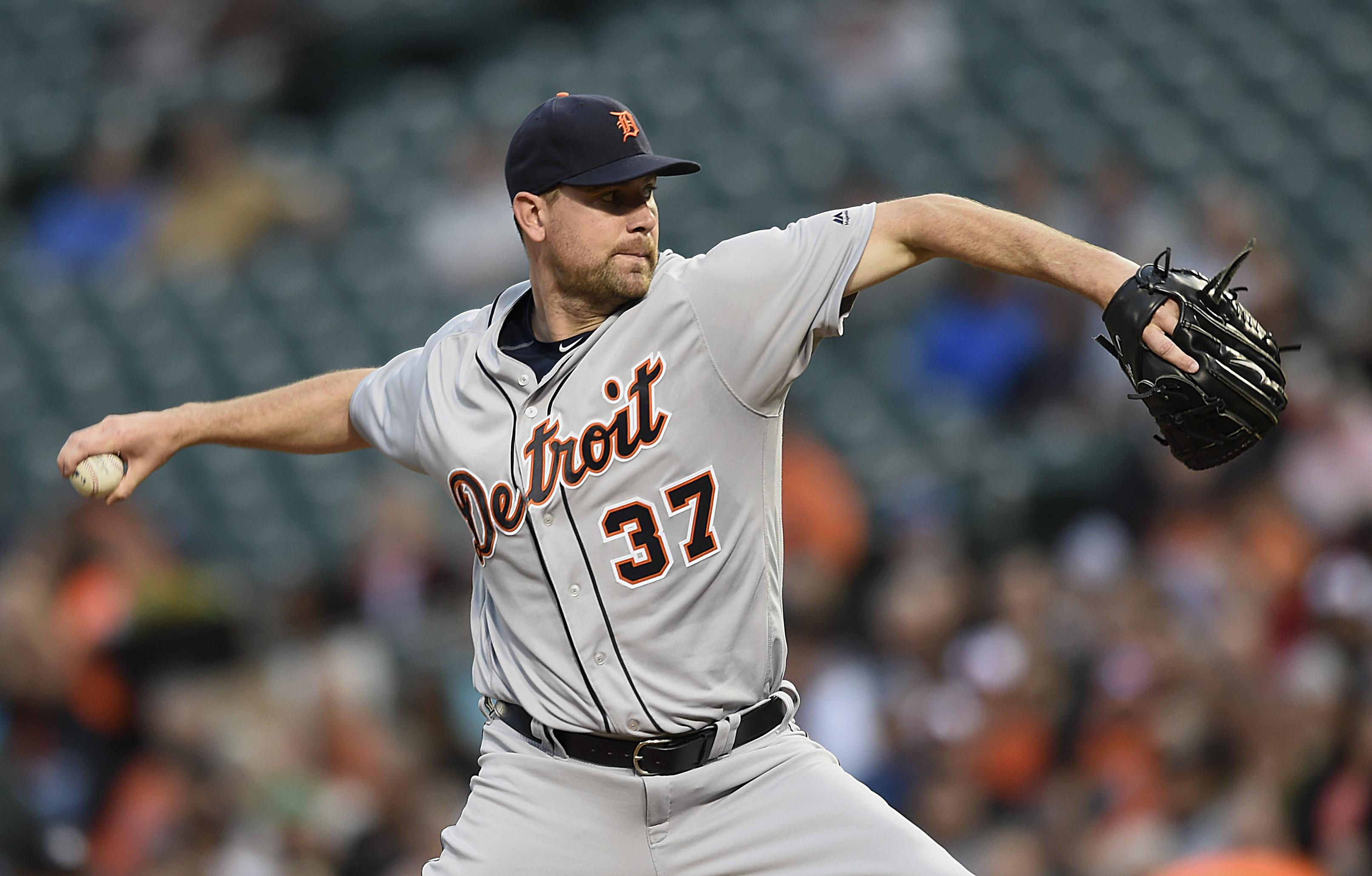 Tigers_orioles_baseball