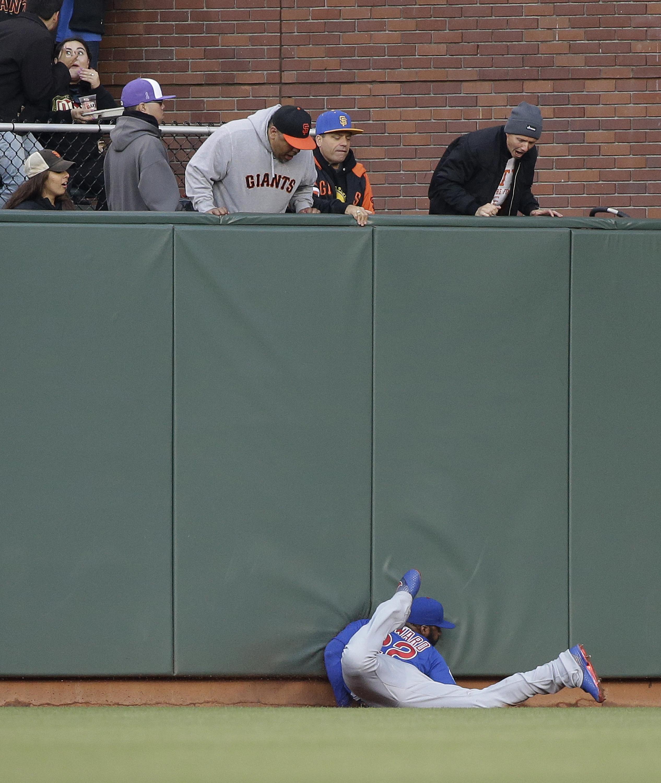 Cubs_giants_baseball