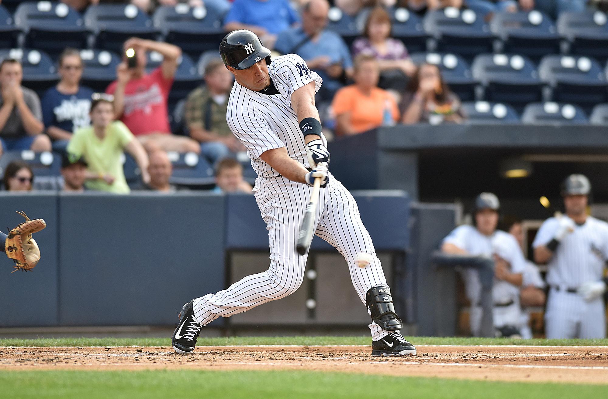 Yankees_teixeira_baseball