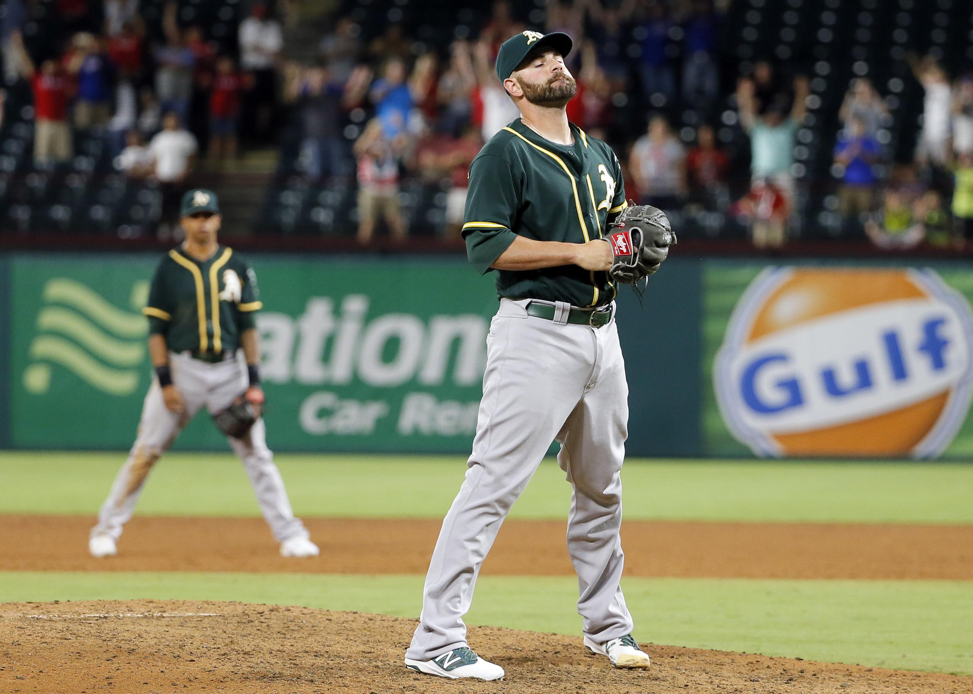 Athletics_rangers_baseball.jpeg-9eeca