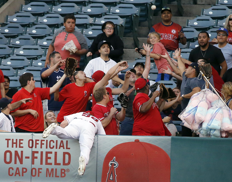 Yankees_angels_baseball