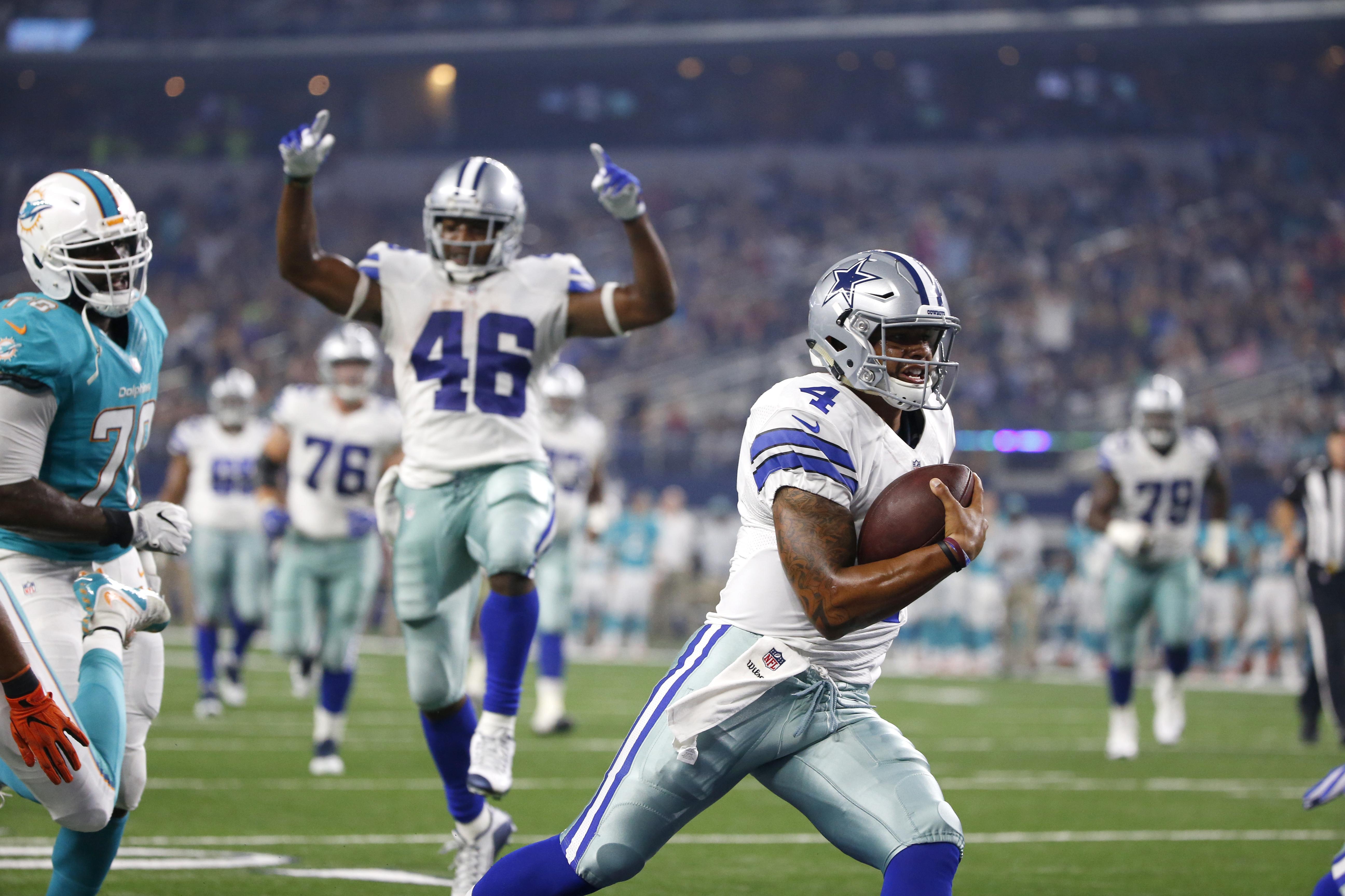 Cowboys_impressive_prescott_football