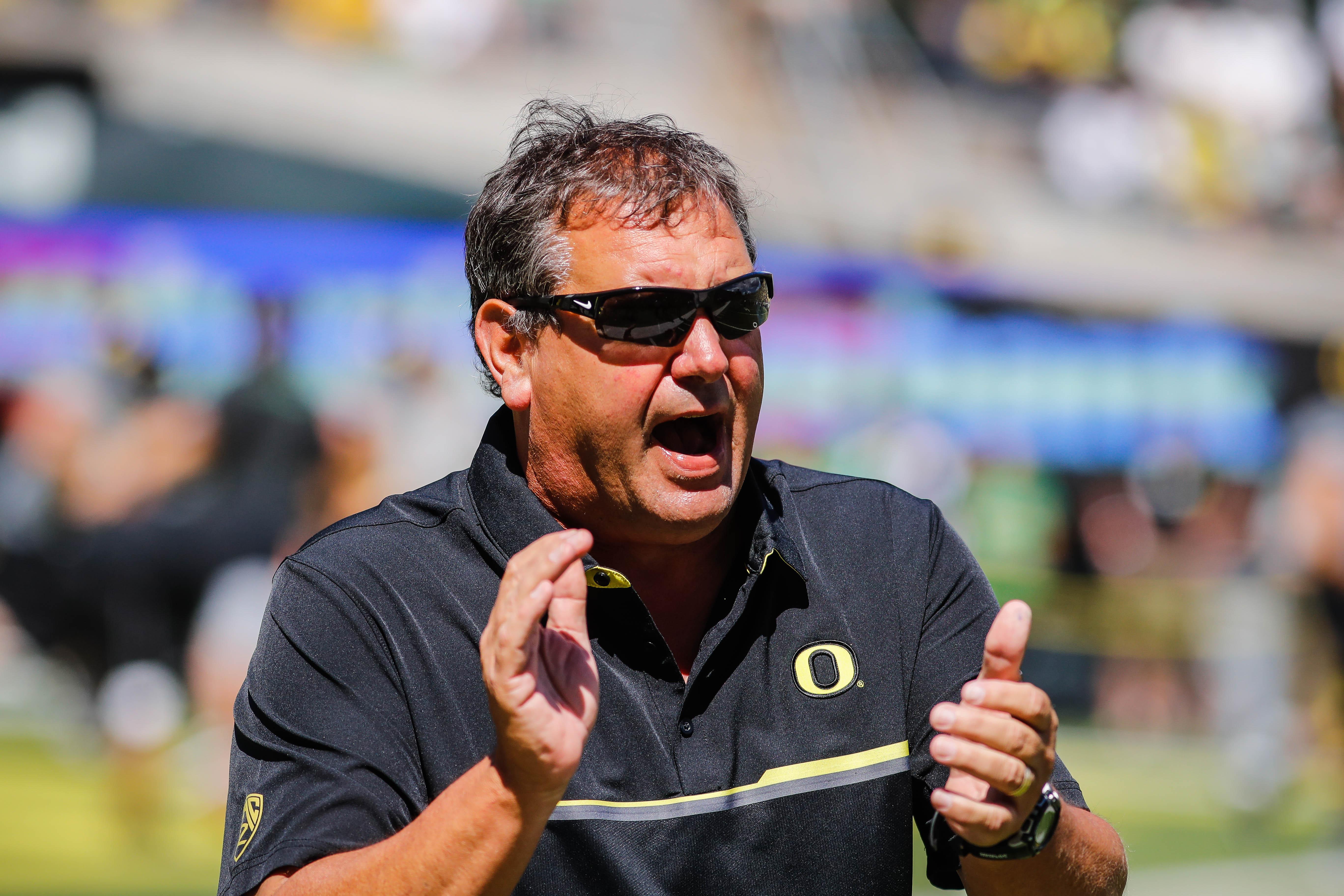 Oregon_uc_davis_football