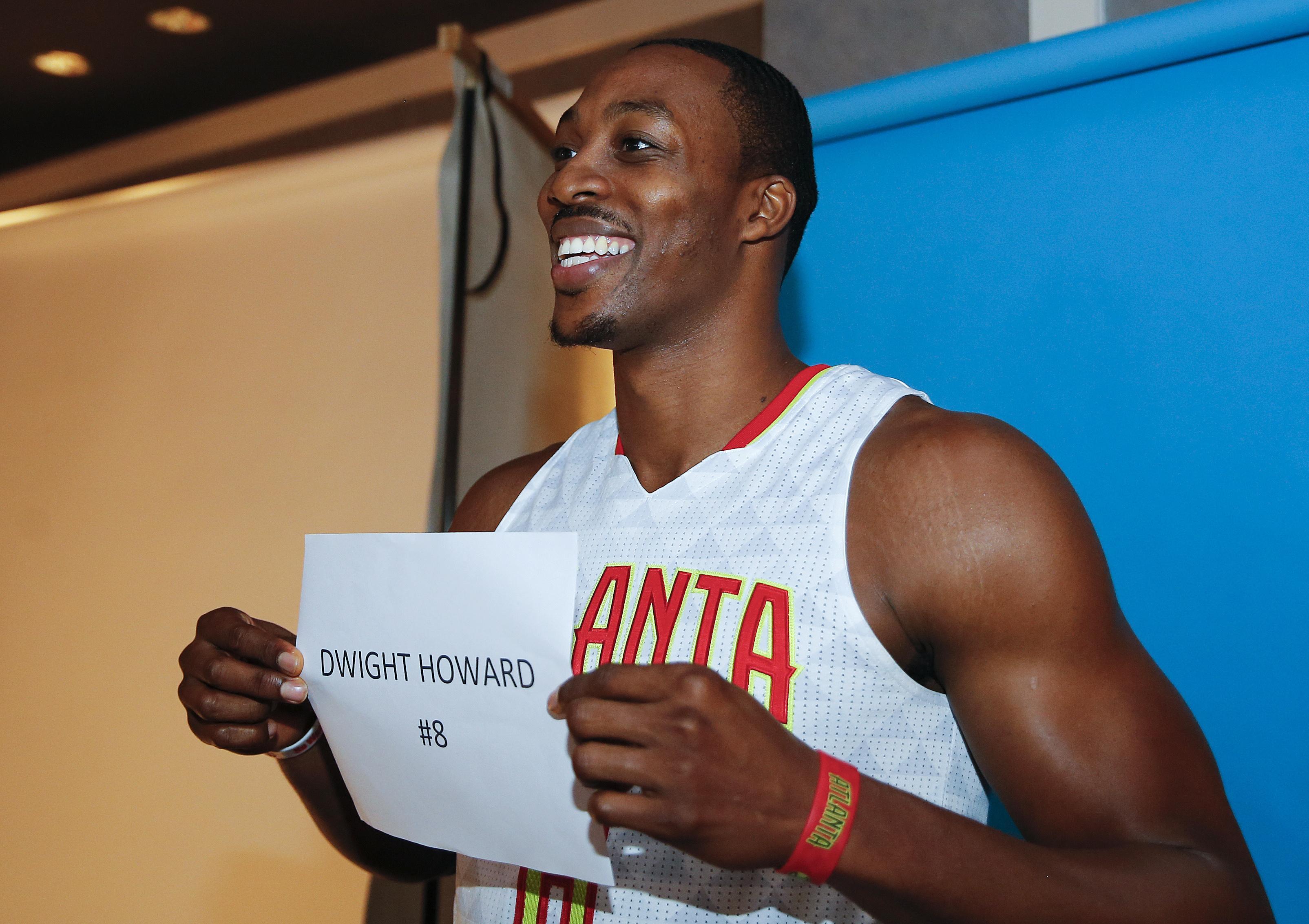 Hawks_new_look_basketball