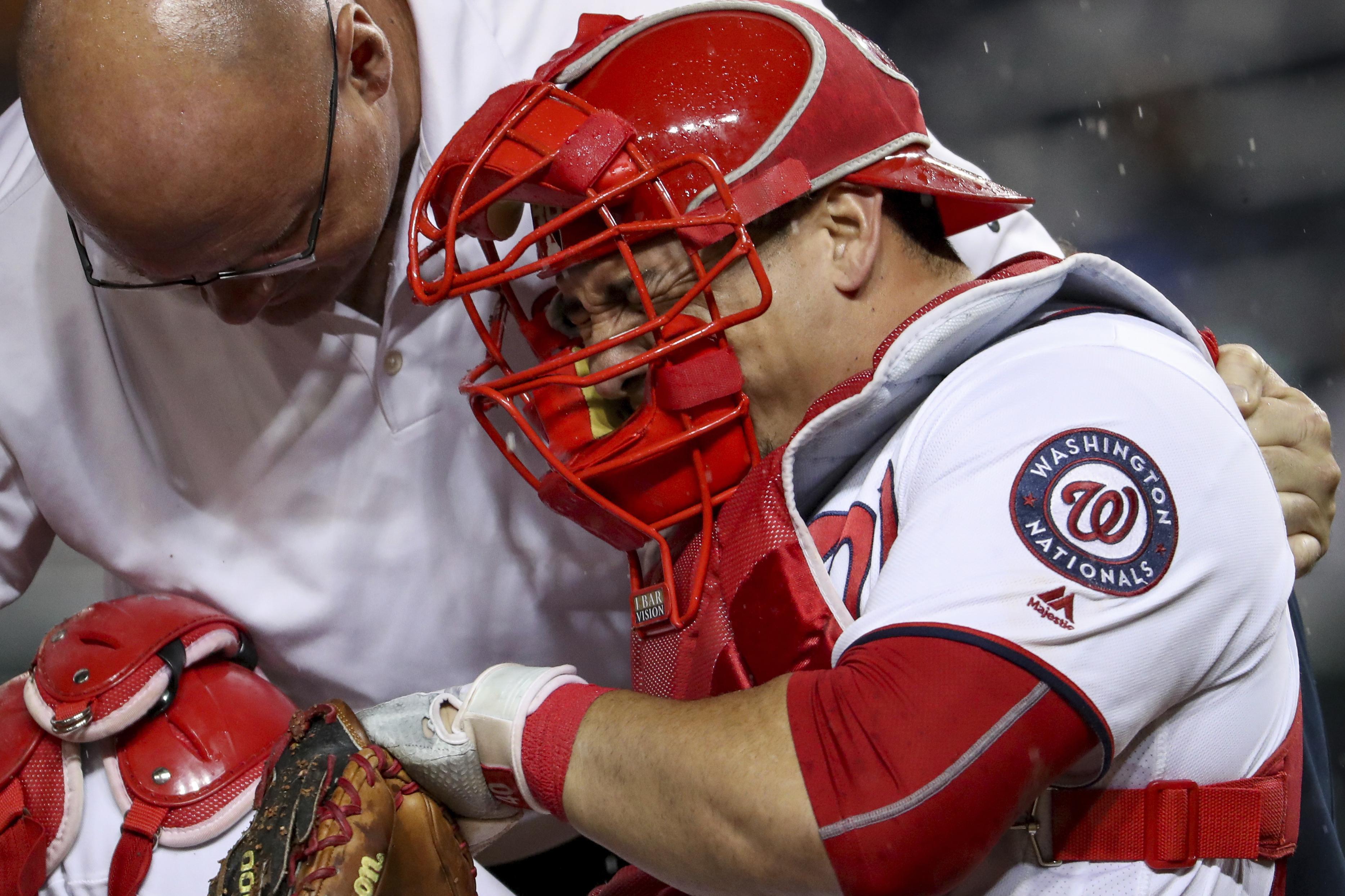 Nationals_ramos_baseball