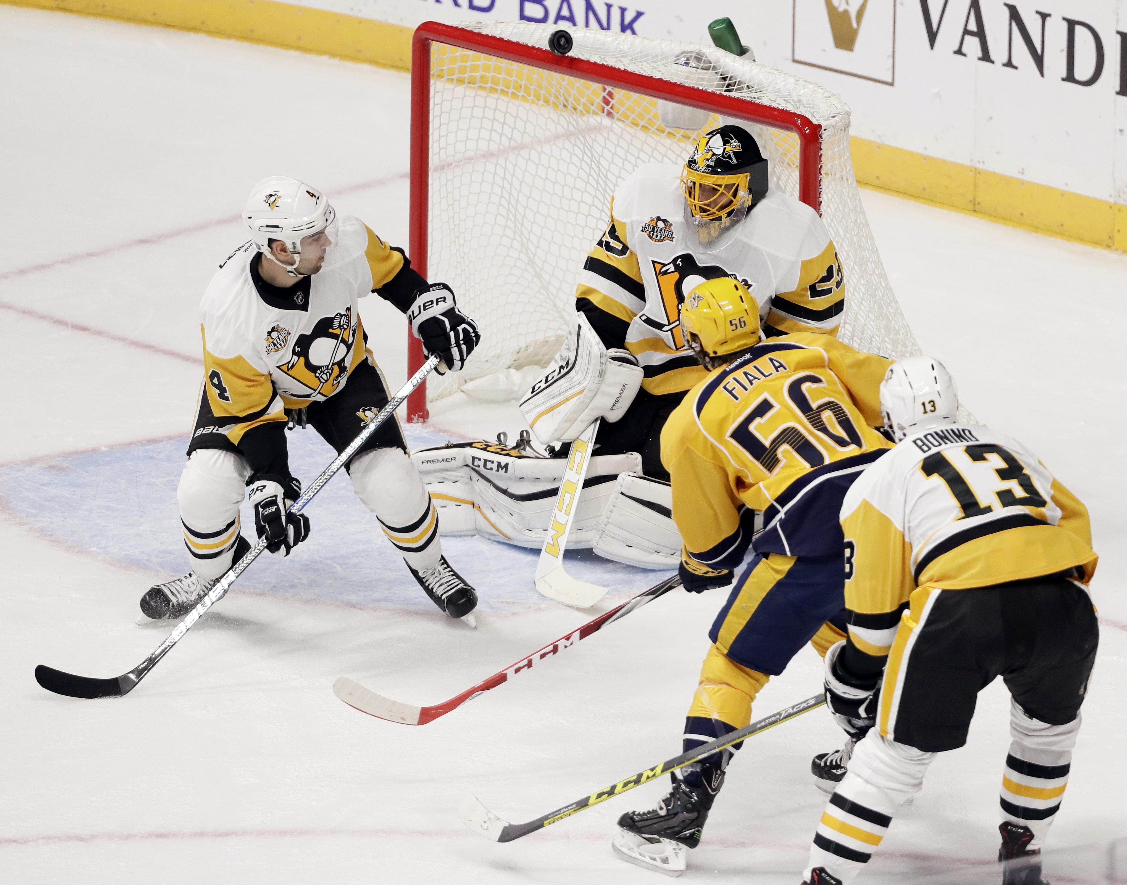 Penguins_predators_hockey