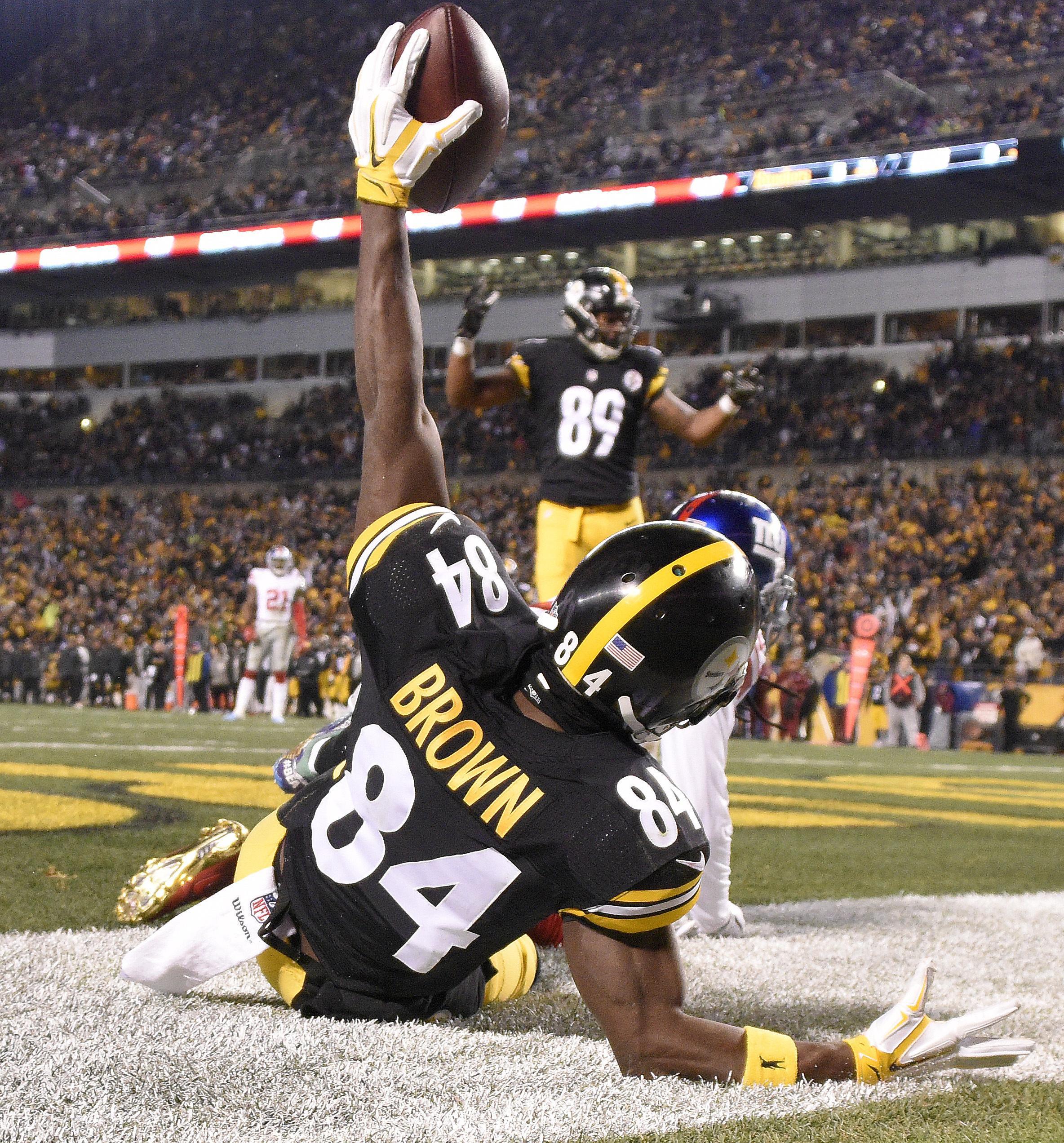 Steelers_bill_football