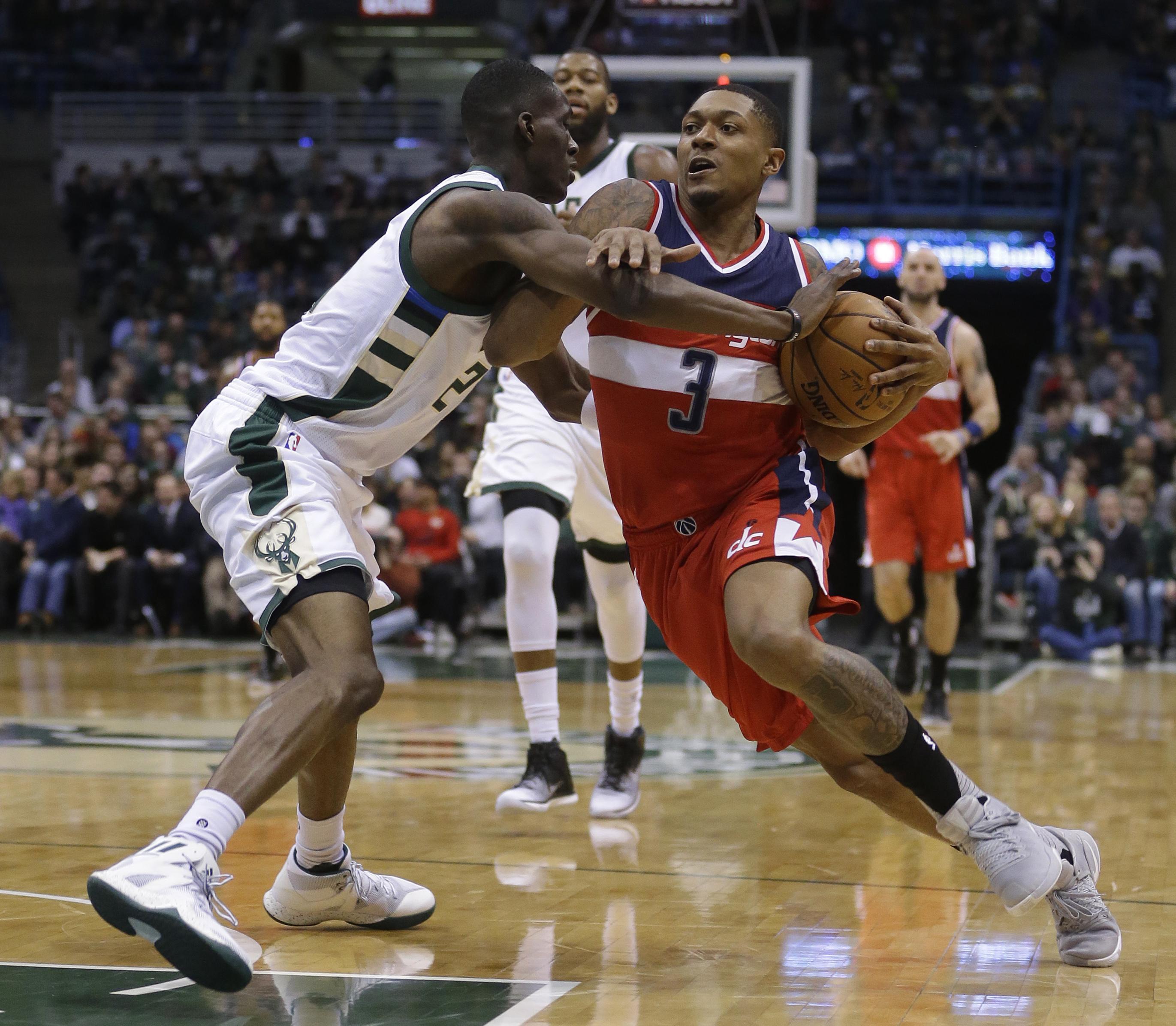 Wizards_bucks_basketball_49193