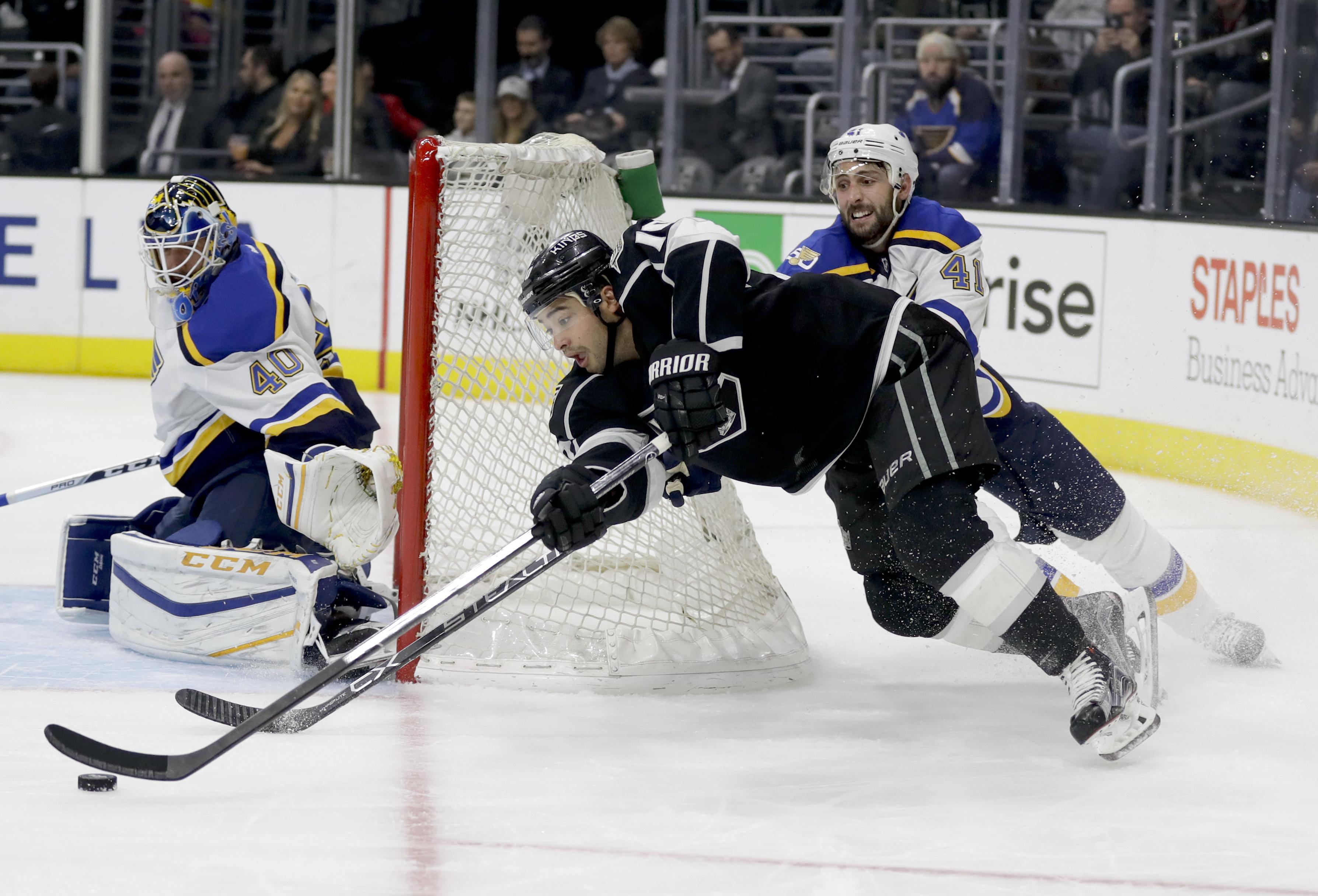 Blues_kings_hockey_00610