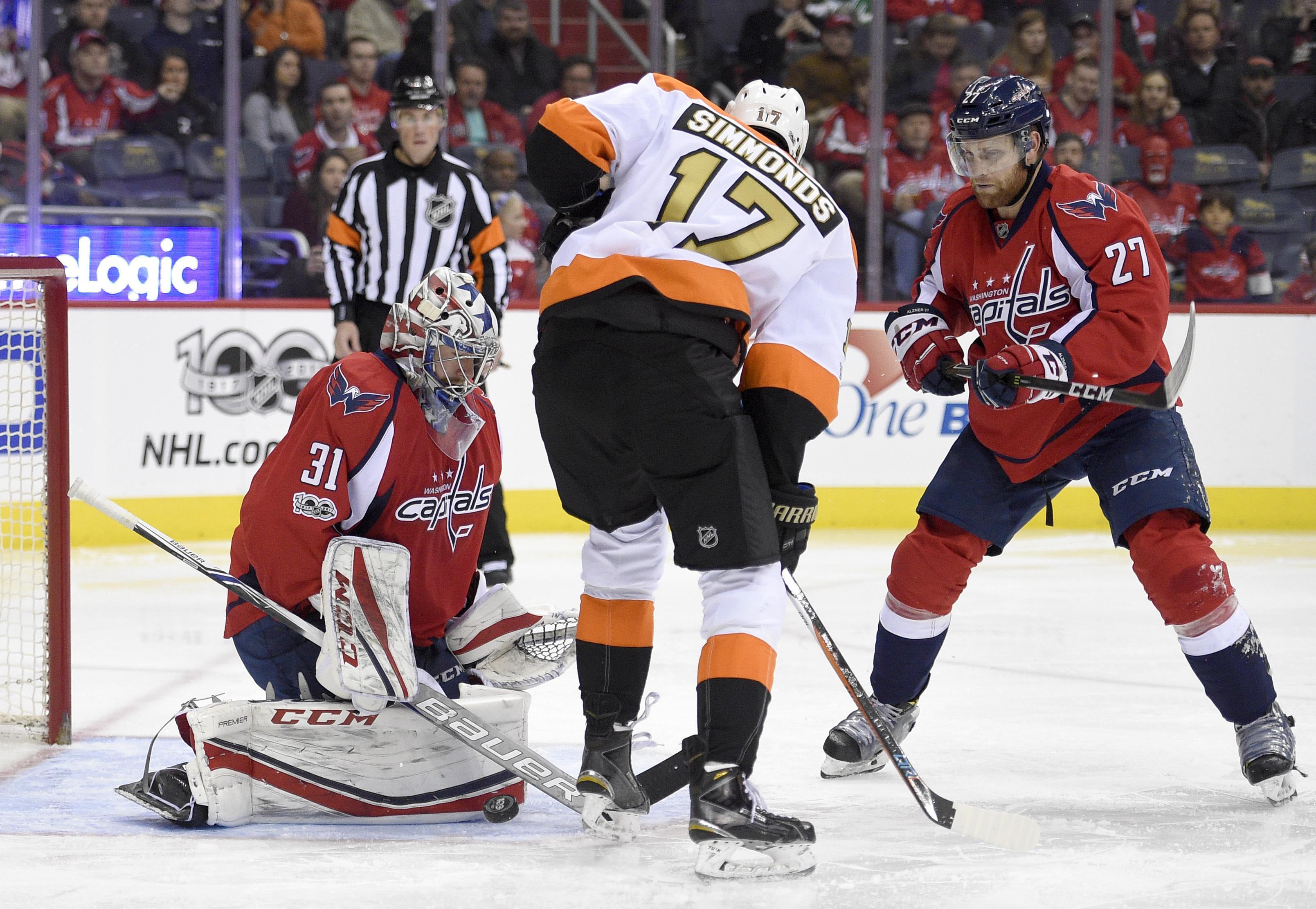 Flyers_capitals_hockey_82513