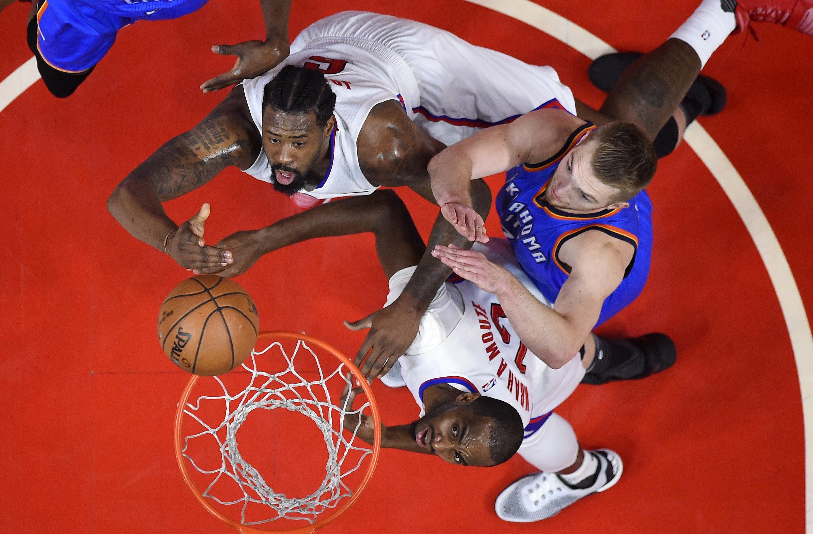 Thunder_clippers_basketball_43405