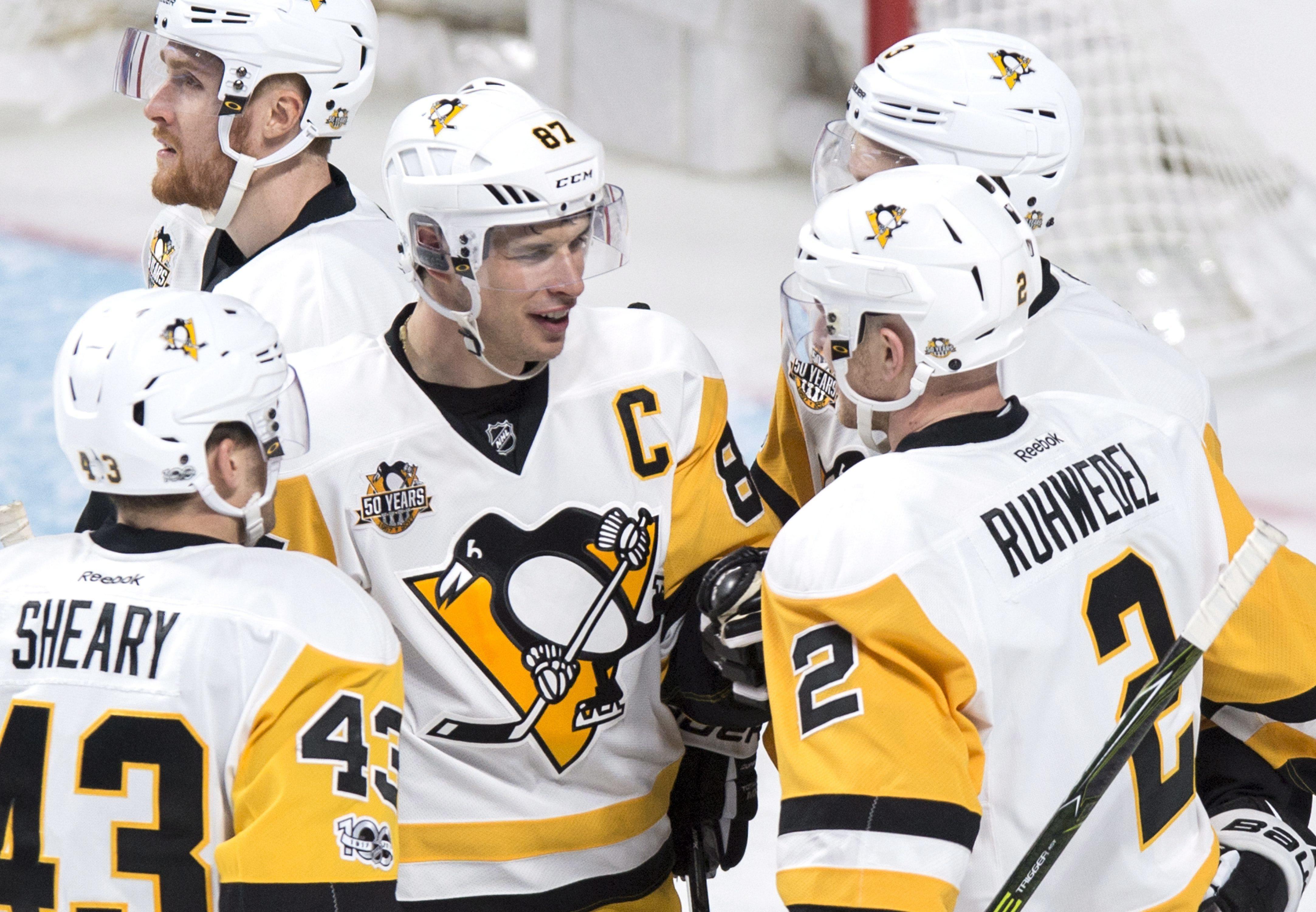 Penguins_canadiens_hockey_04438