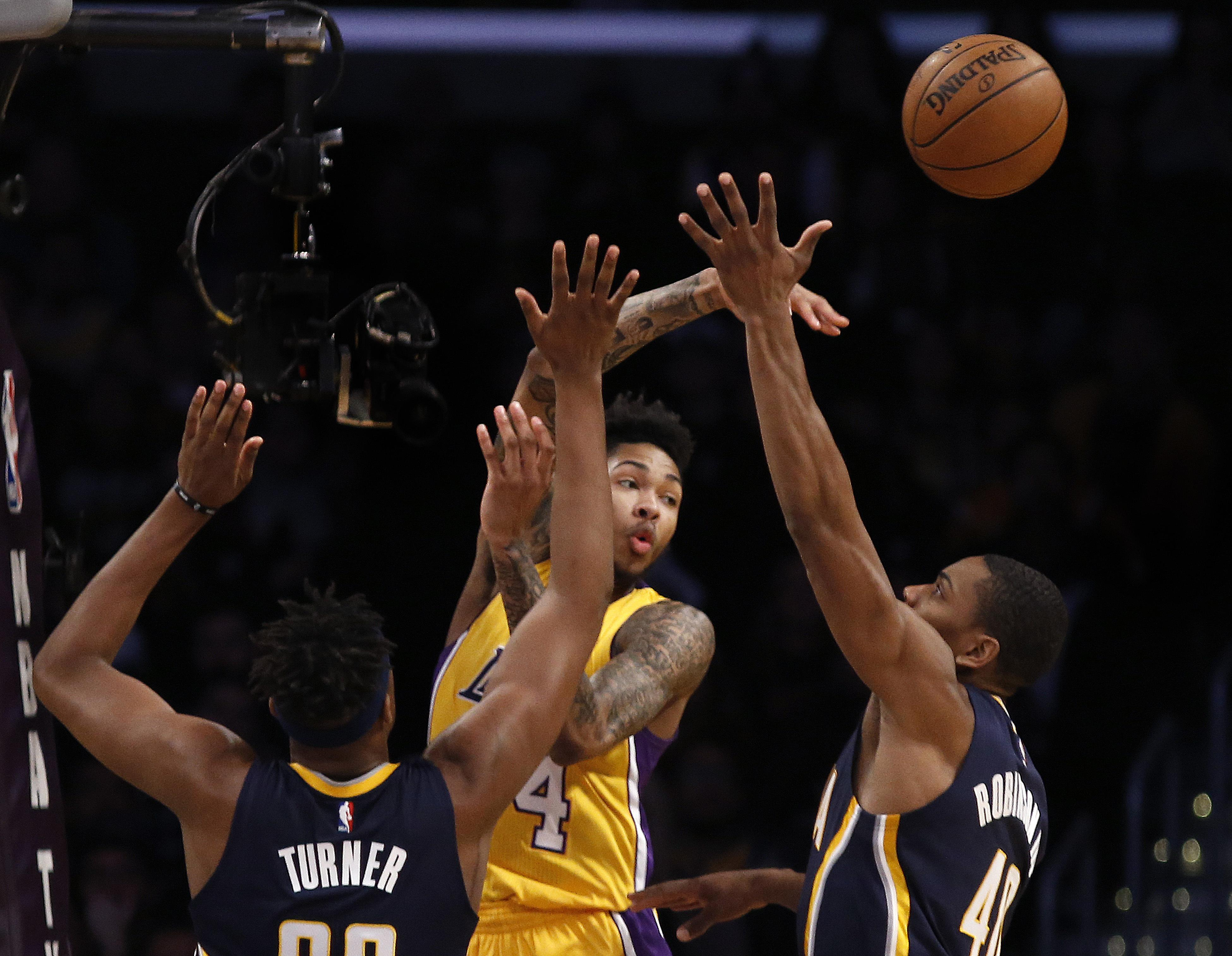 Pacers_lakers_basketball_57623