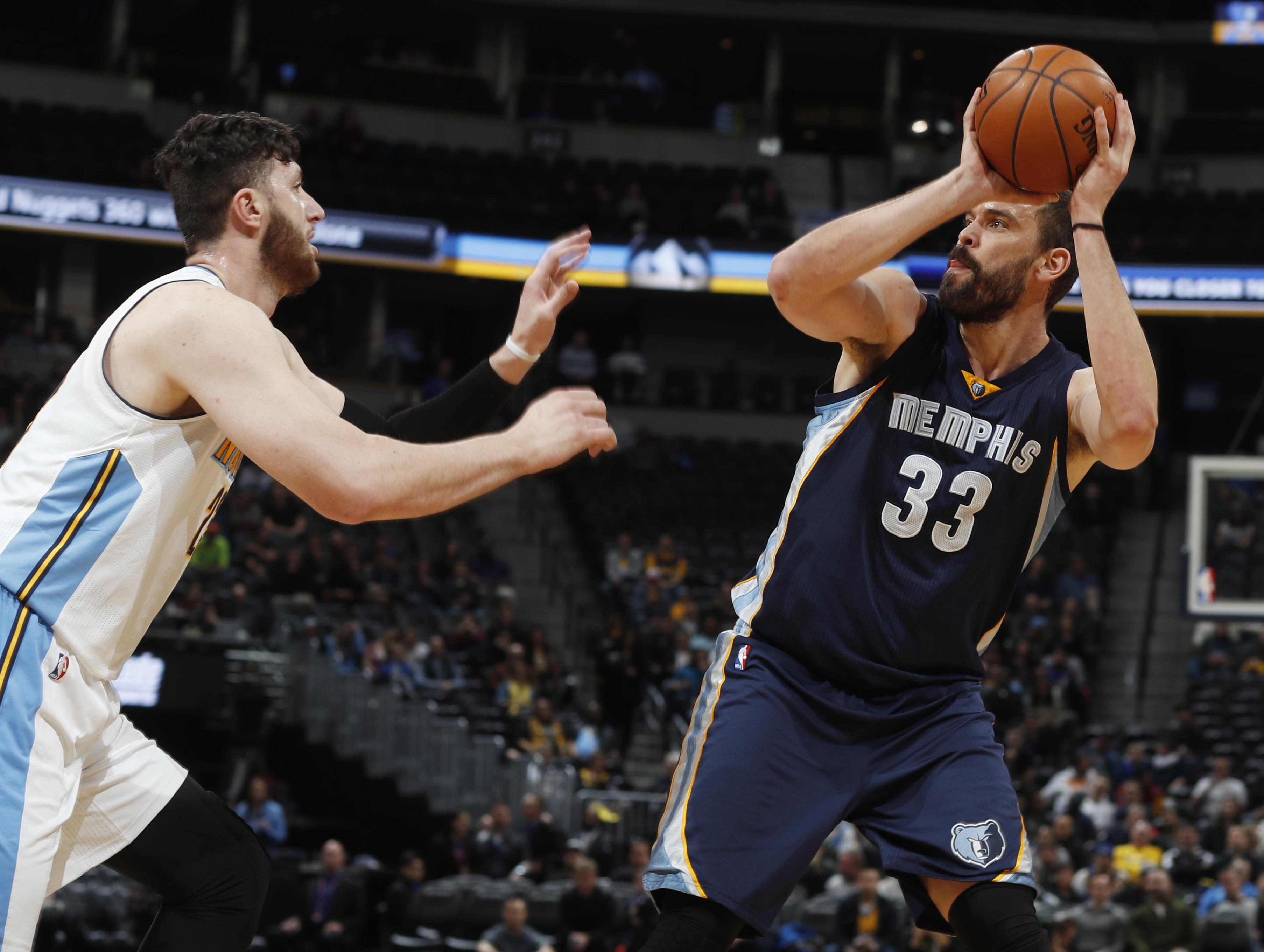 Grizzlies_nuggets_basketball_83146
