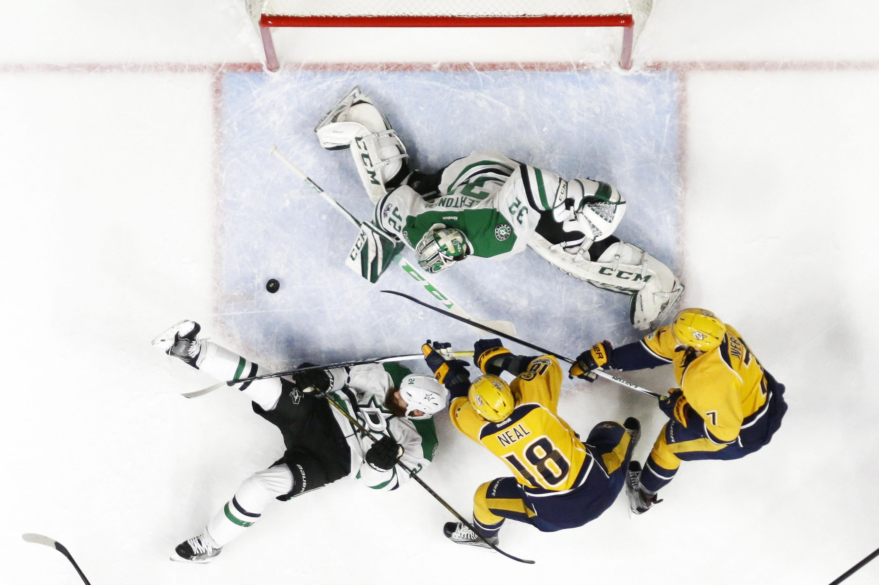 Stars_predators_hockey_77670