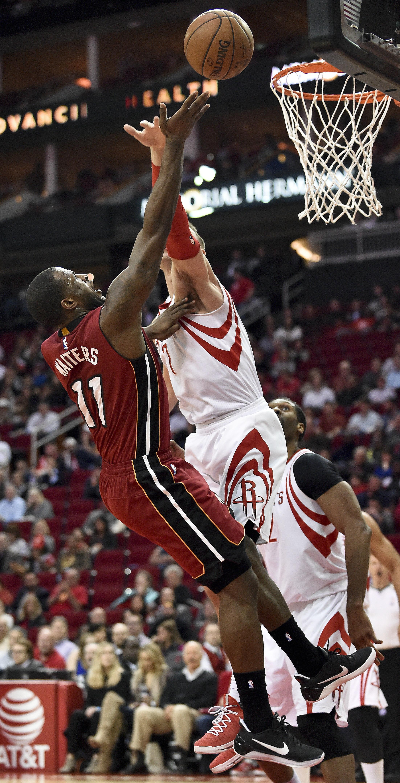 Heat_rockets_basketball_32916