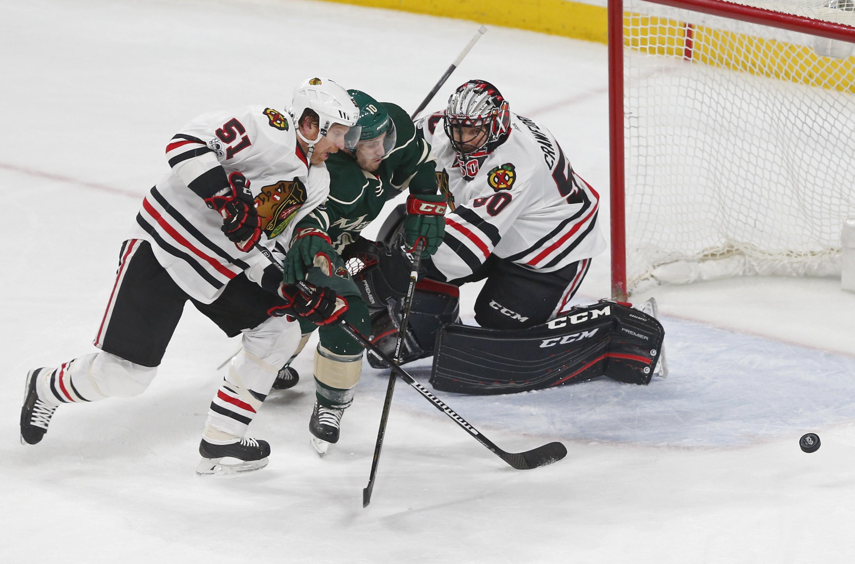 Blackhawks_wild_hockey_24581