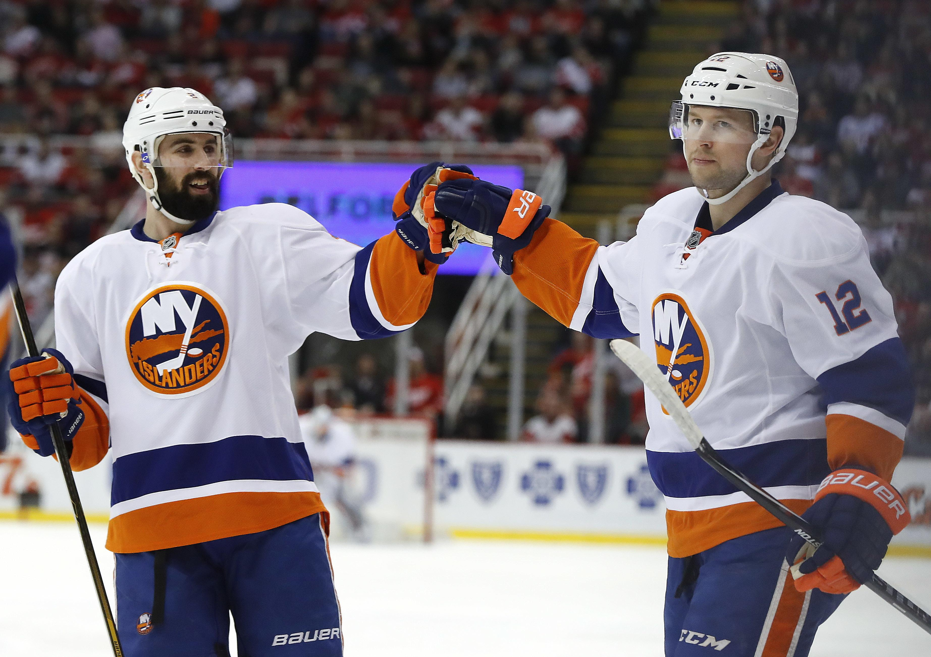 Islanders_red_wings_hockey_16876