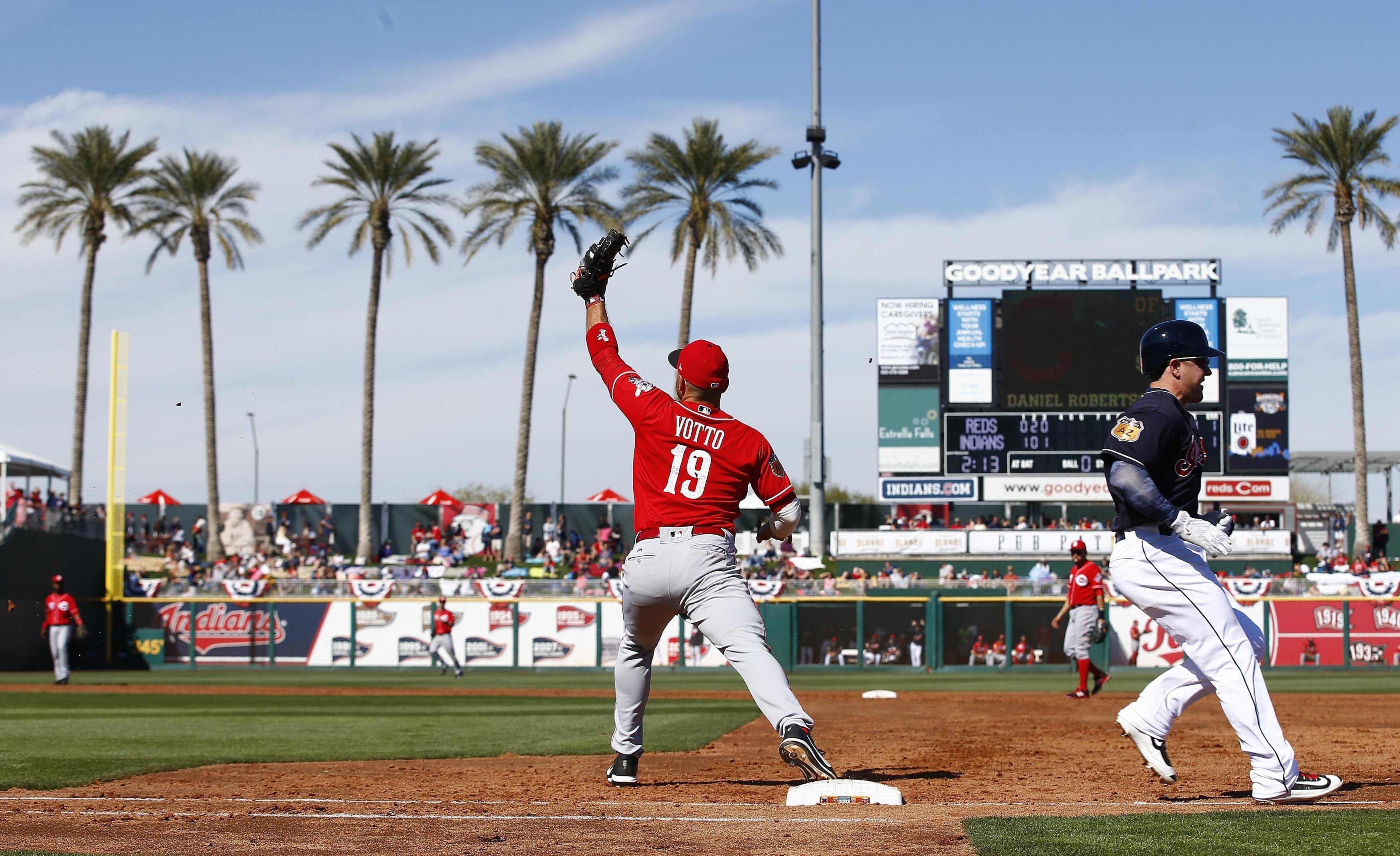Reds_indians_spring_baseball_77573