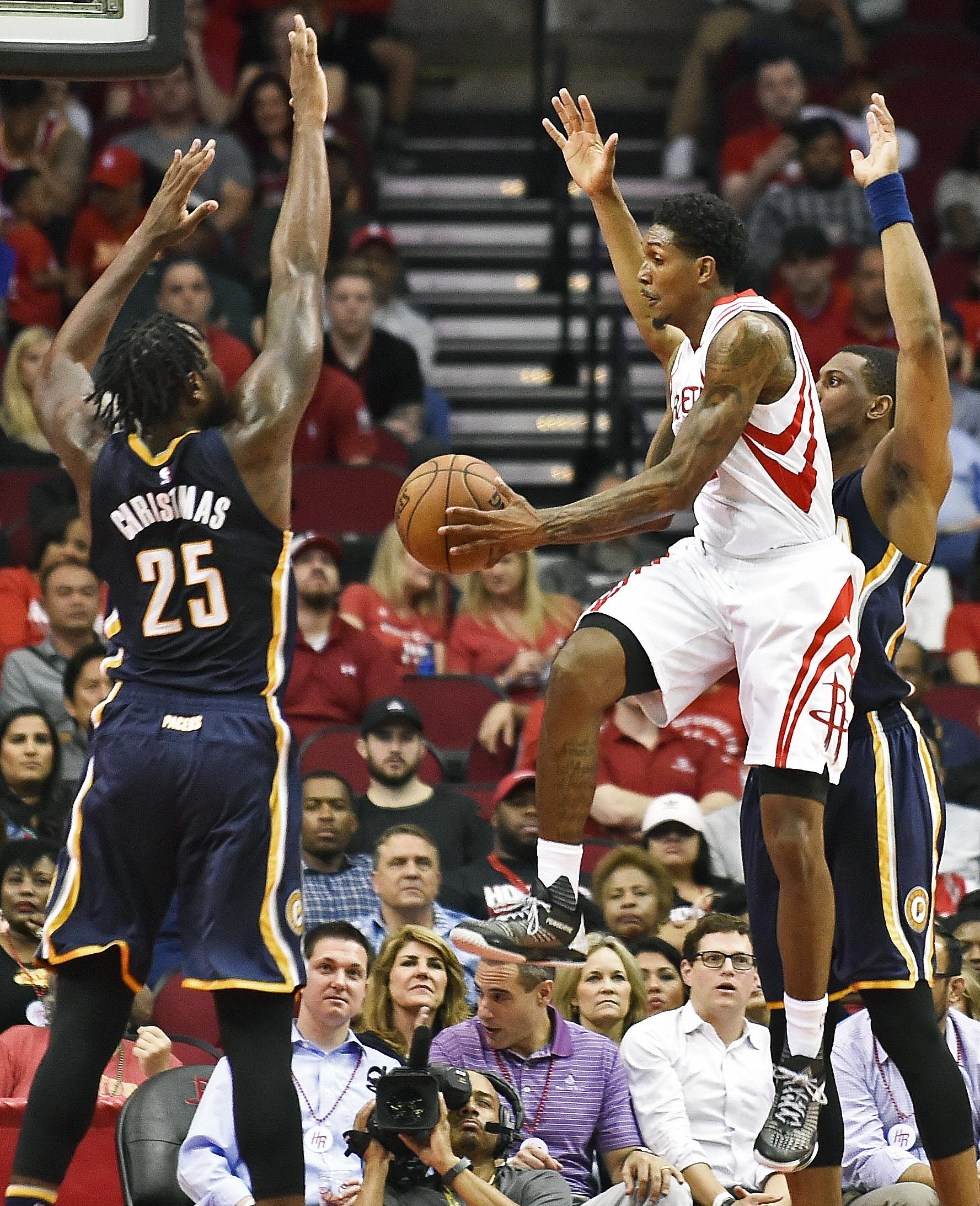 Pacers_rockets_basketball_26550