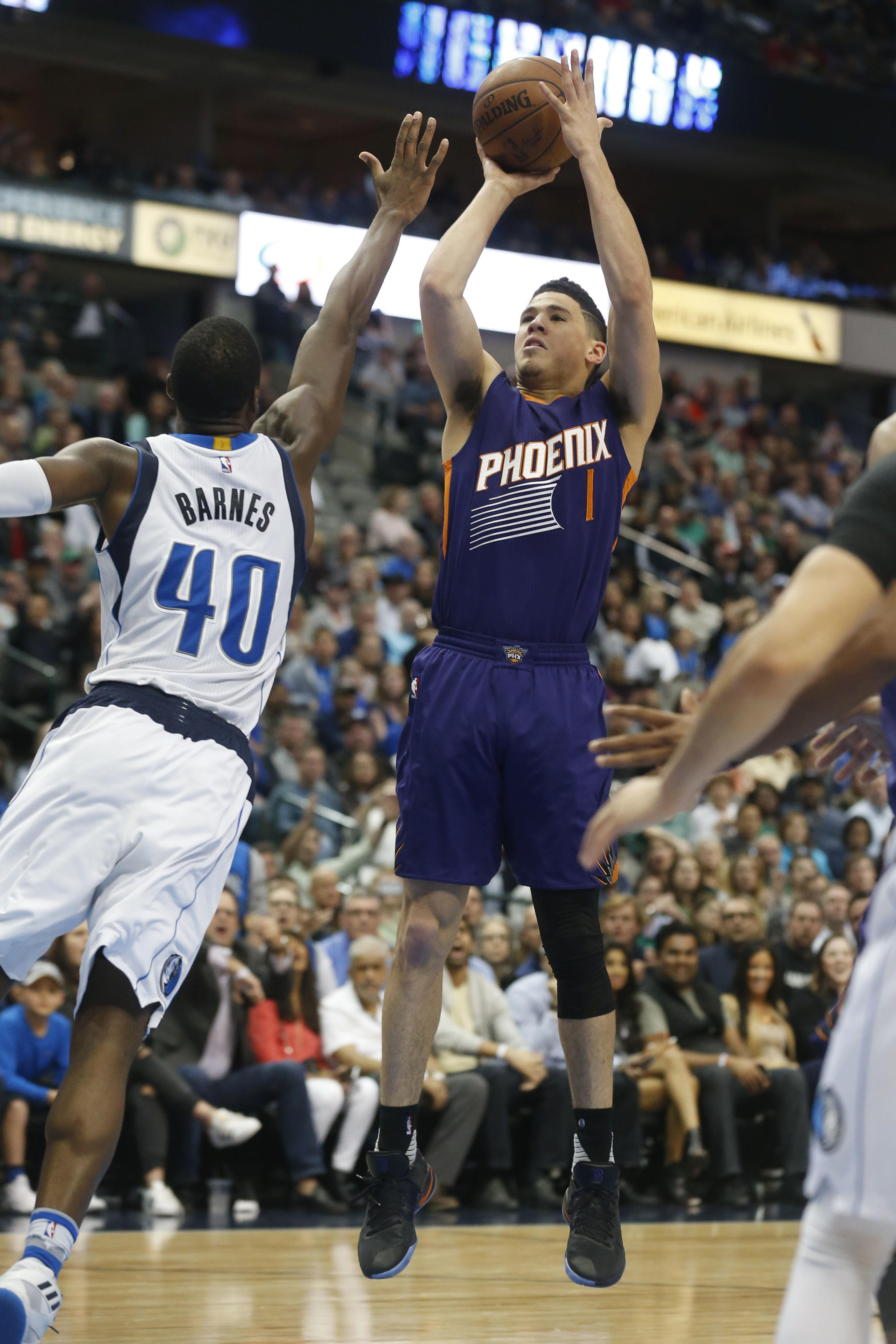 Suns_mavericks_basketball_17147