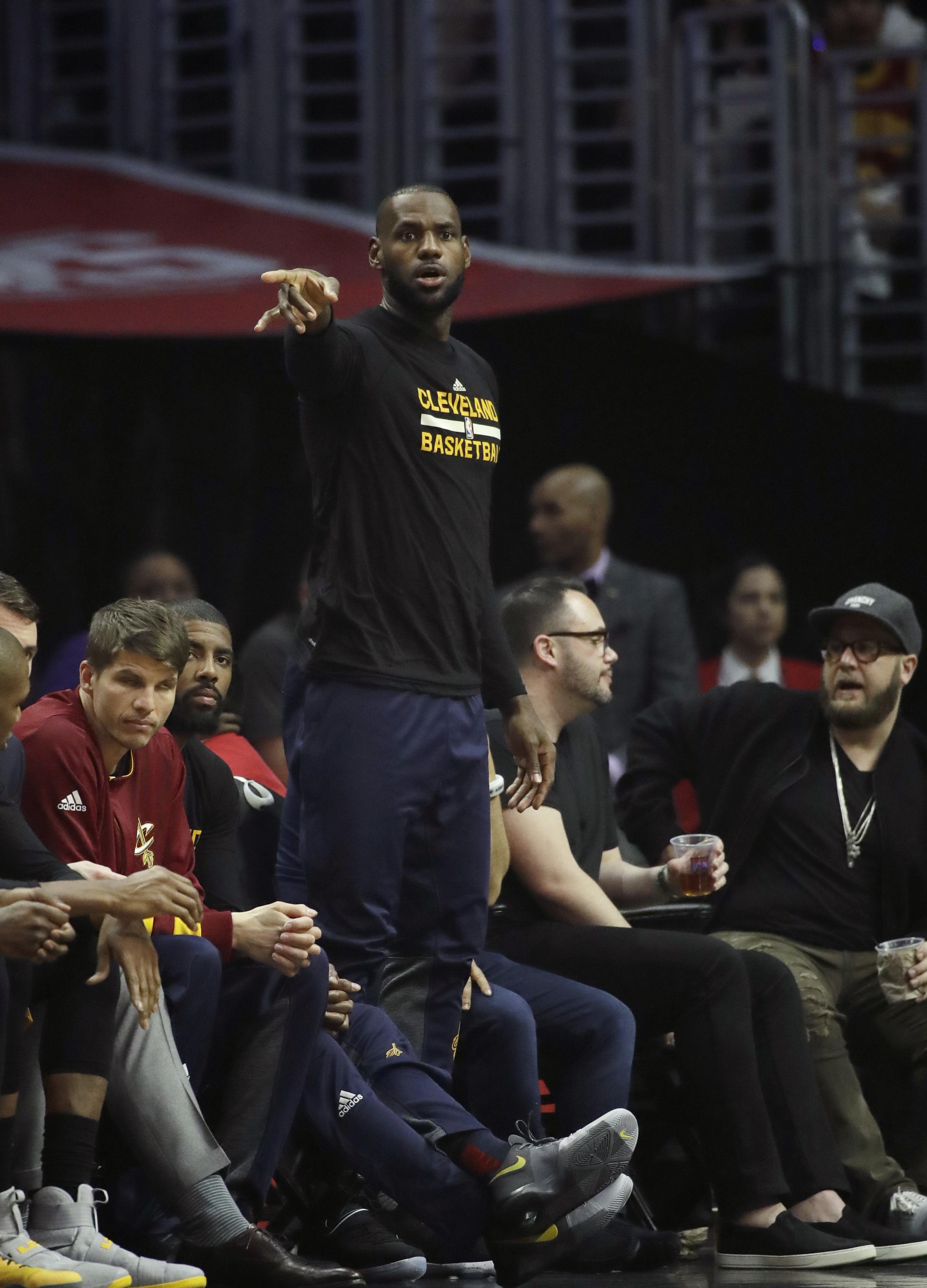 Cavaliers_clippers_basketball_93890