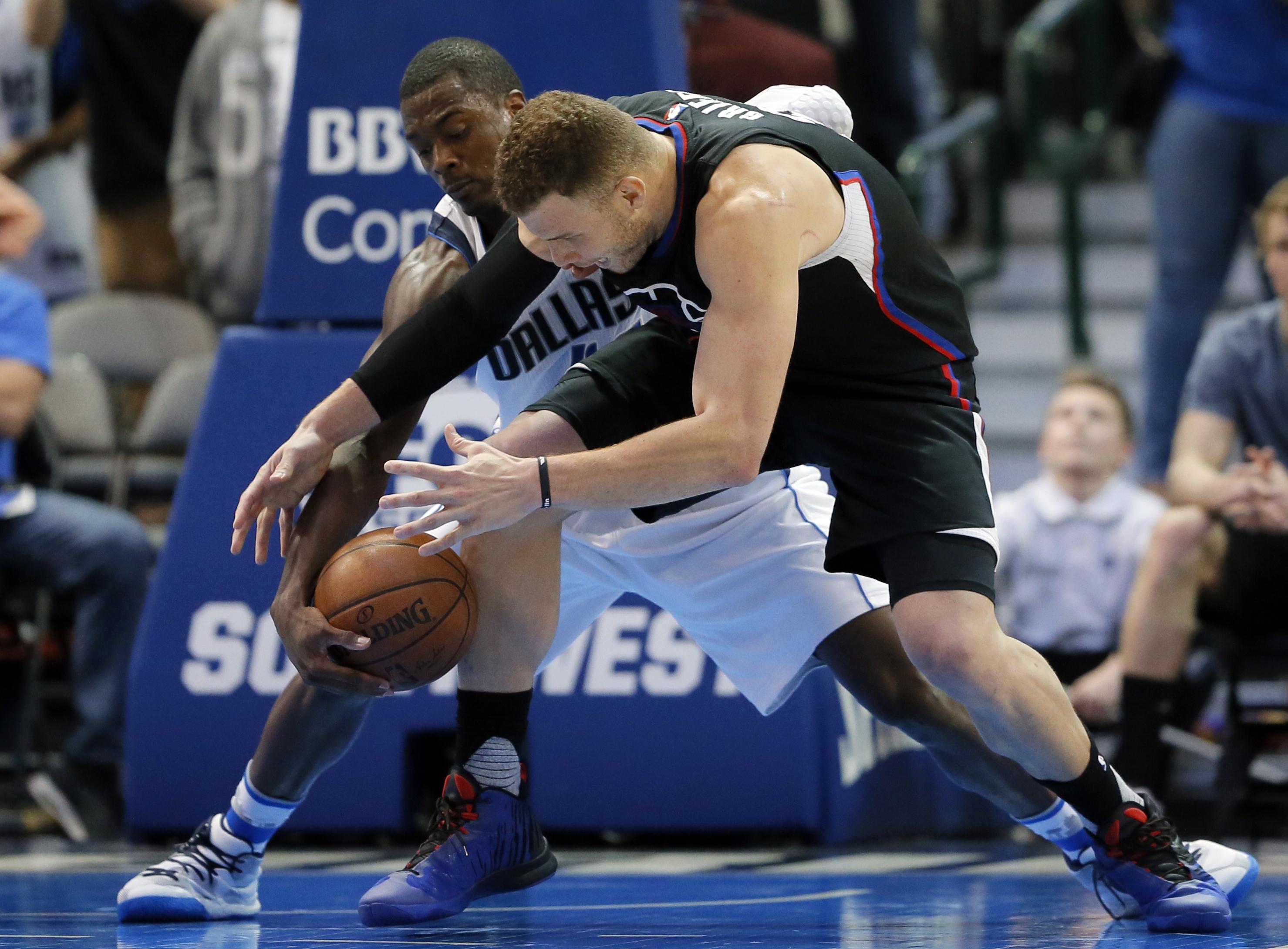 Clippers_mavericks_basketball_39352