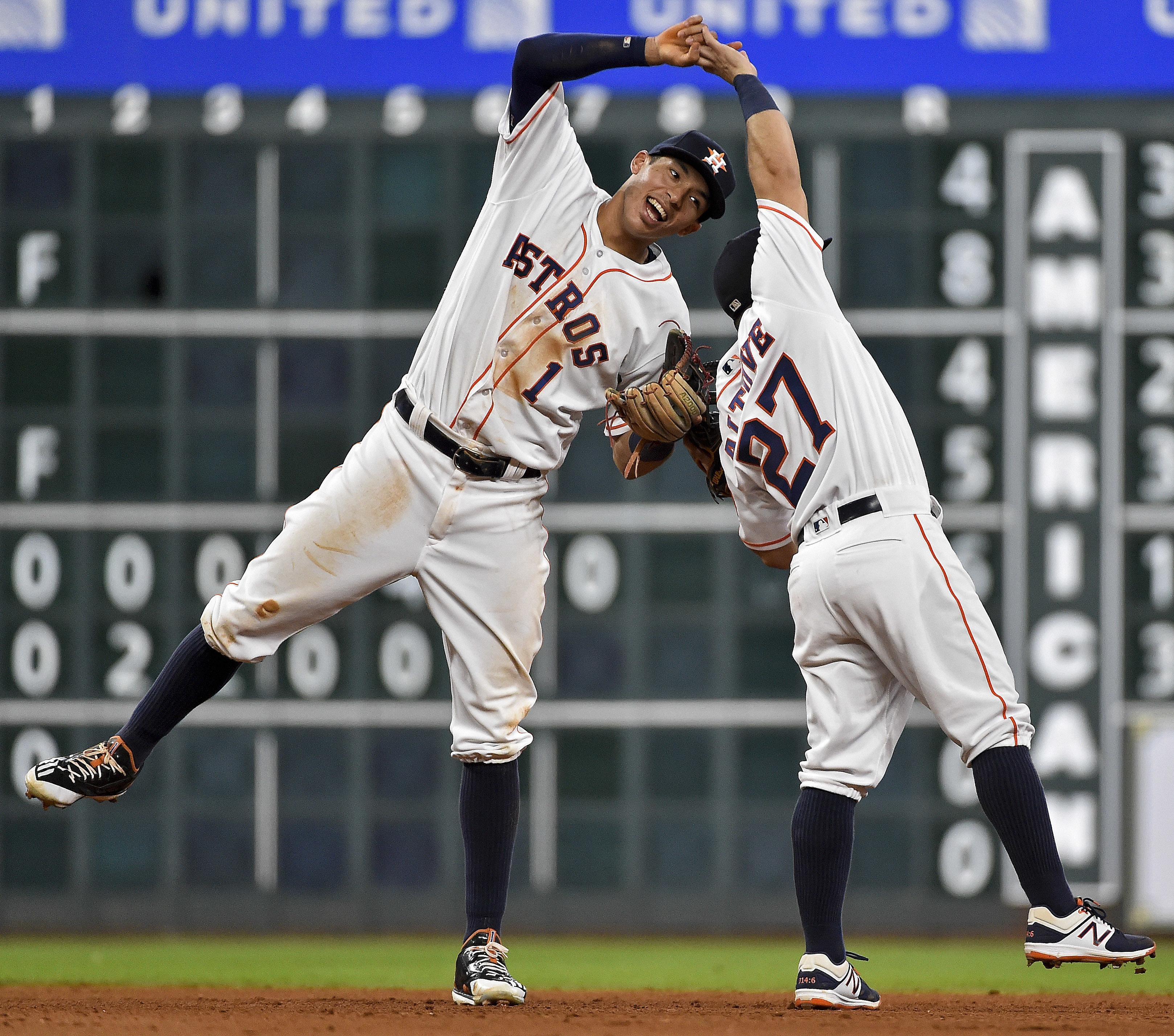 Baseball_2017_whos_next_15485