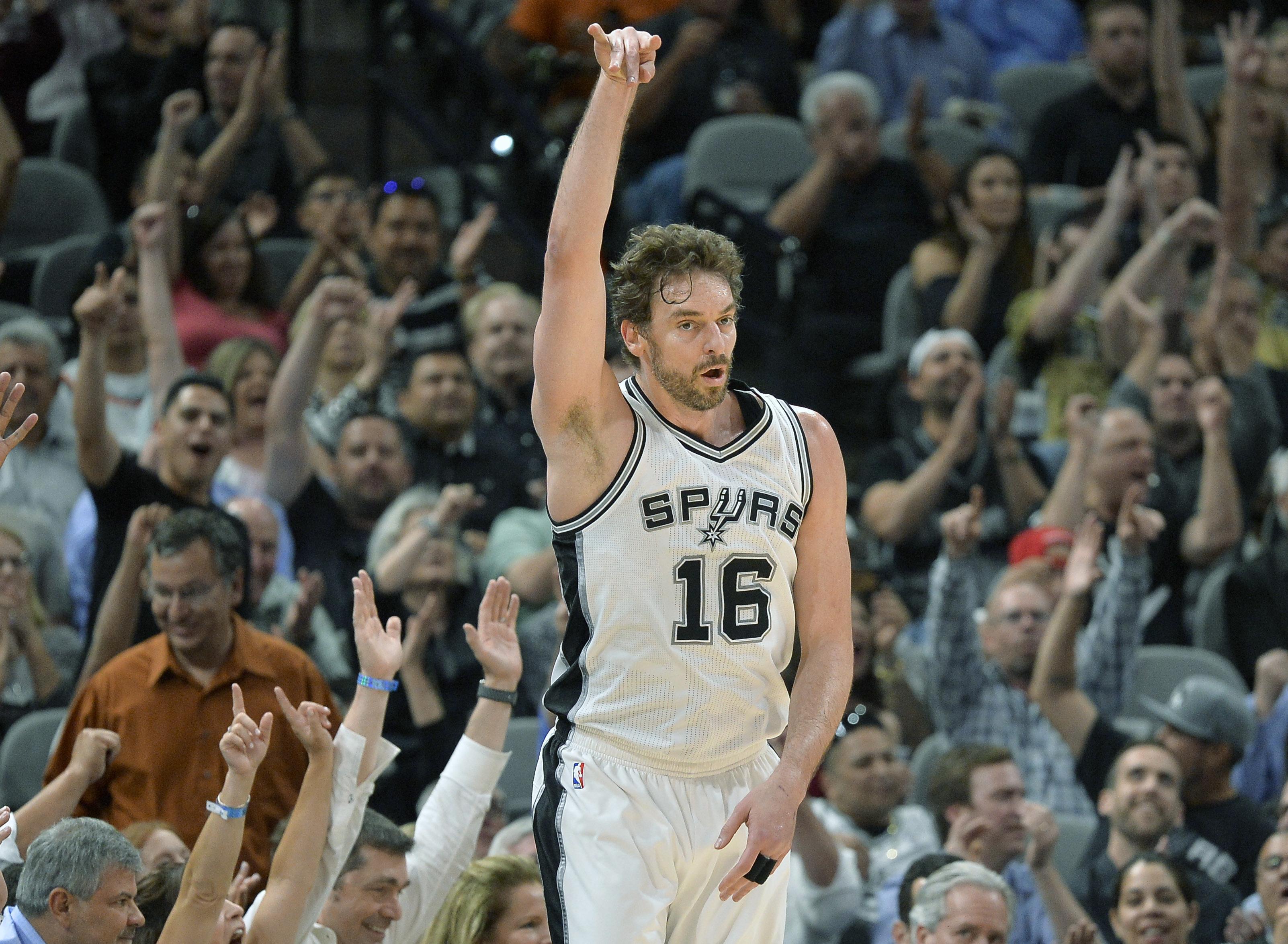 Spurs_paus_evolution_basketball_65948
