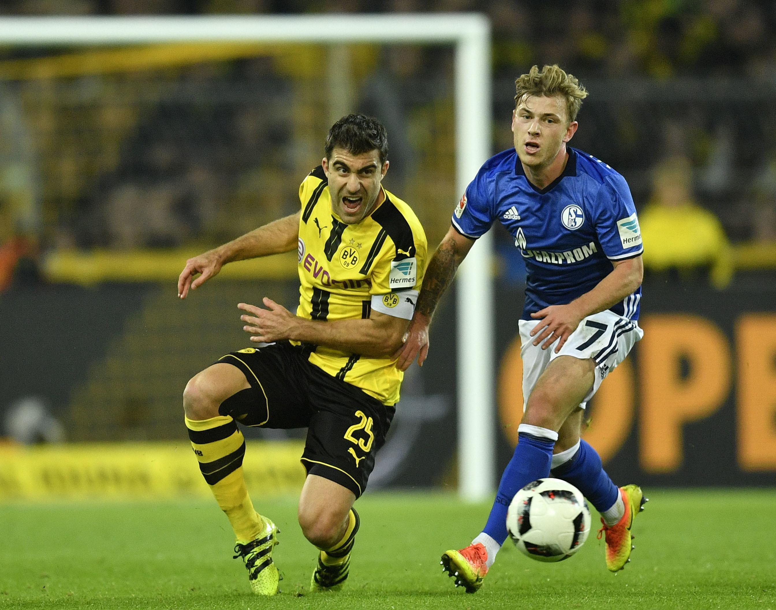 European_soccer_weekend_11263