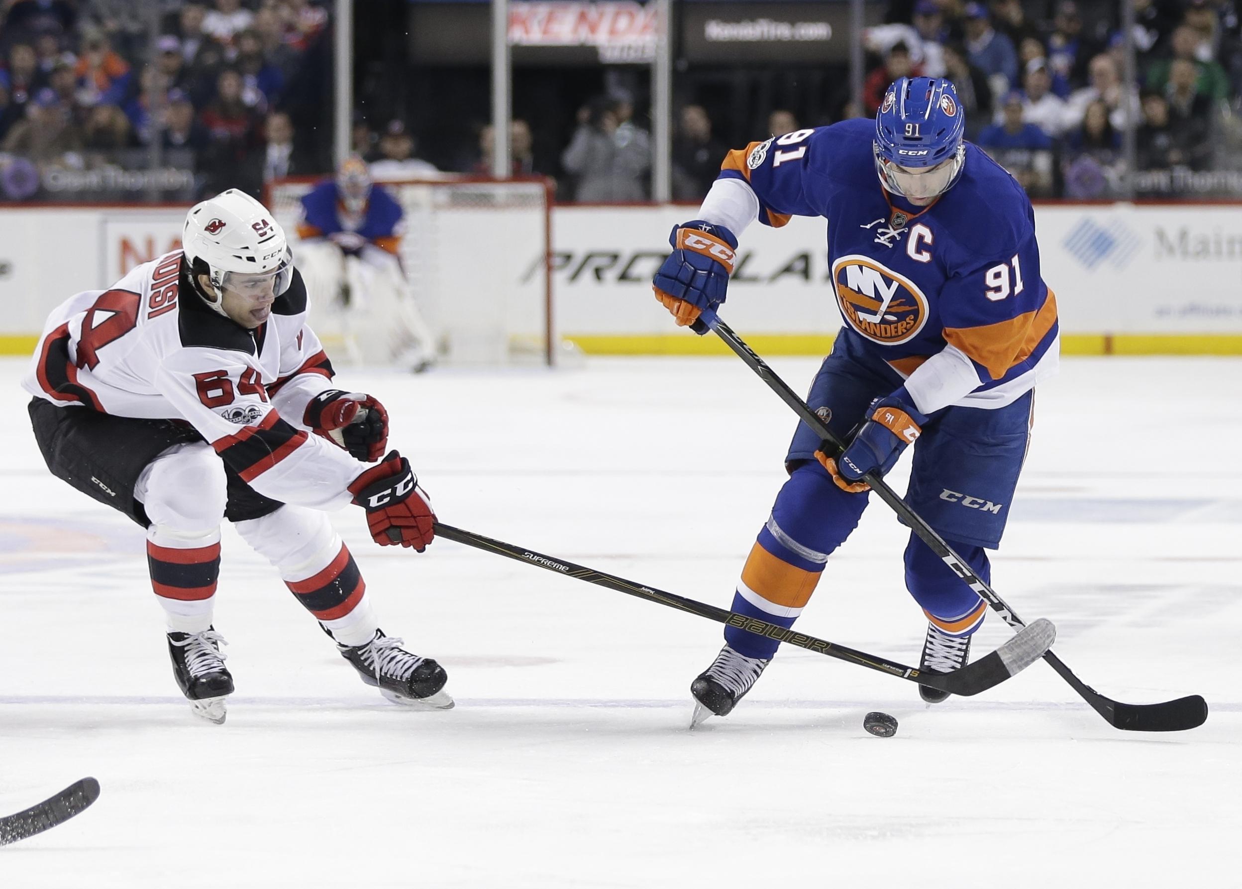 Devils_islanders_hockey_87026